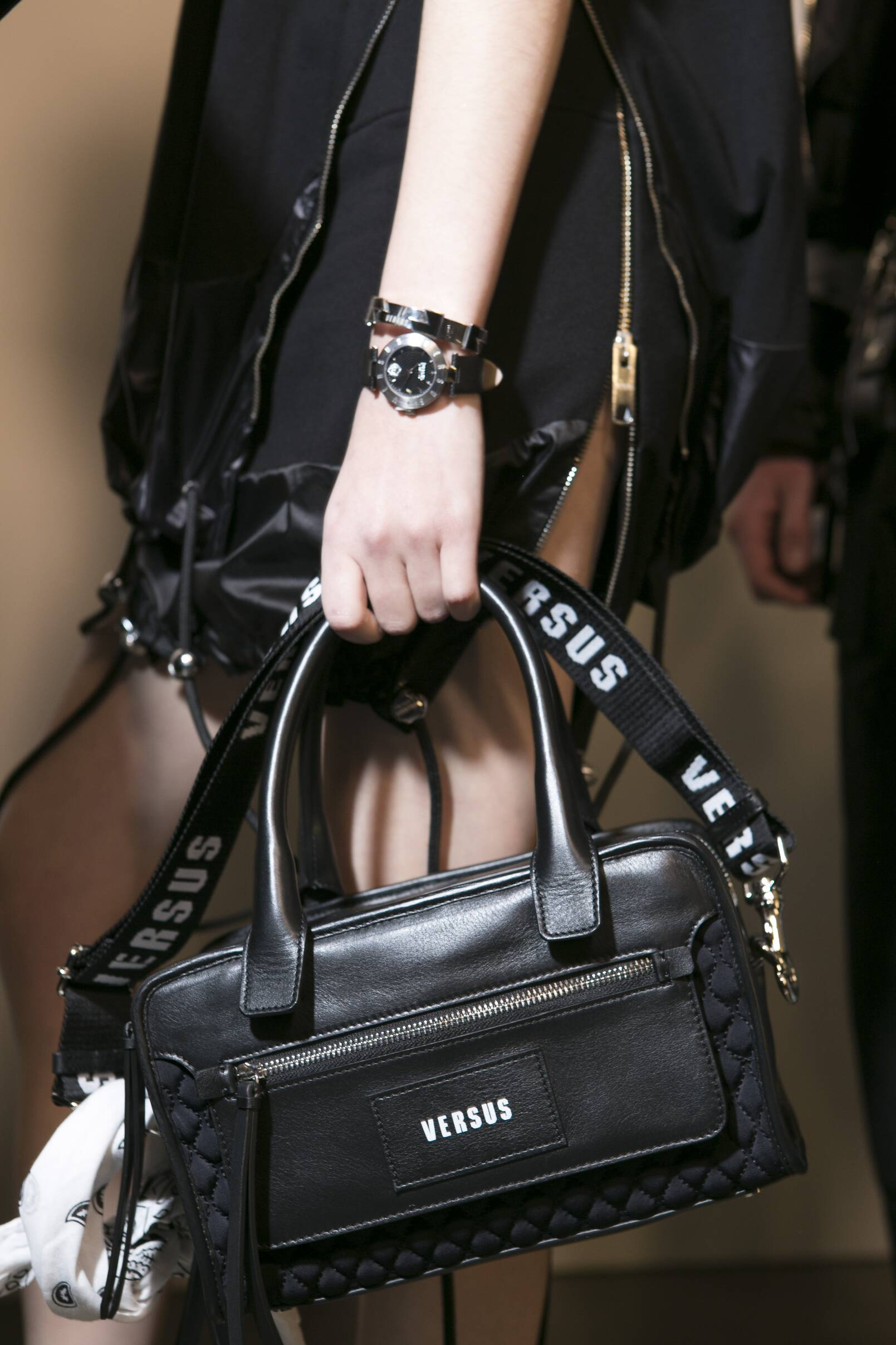 Detail Bag Versus Versace Backstage 2017 London