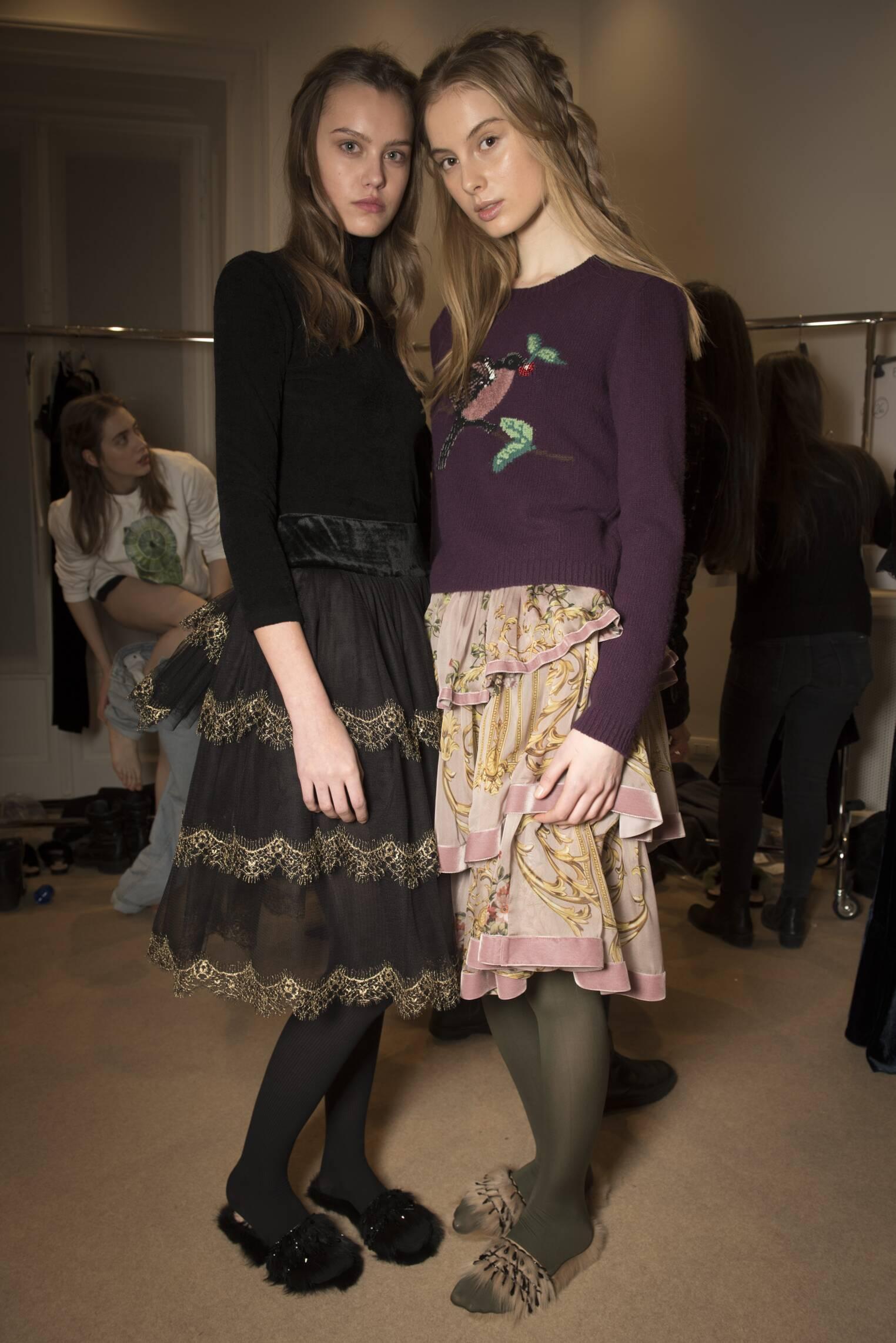 Fashion 2017-18 Models Style Backstage Alberta Ferretti