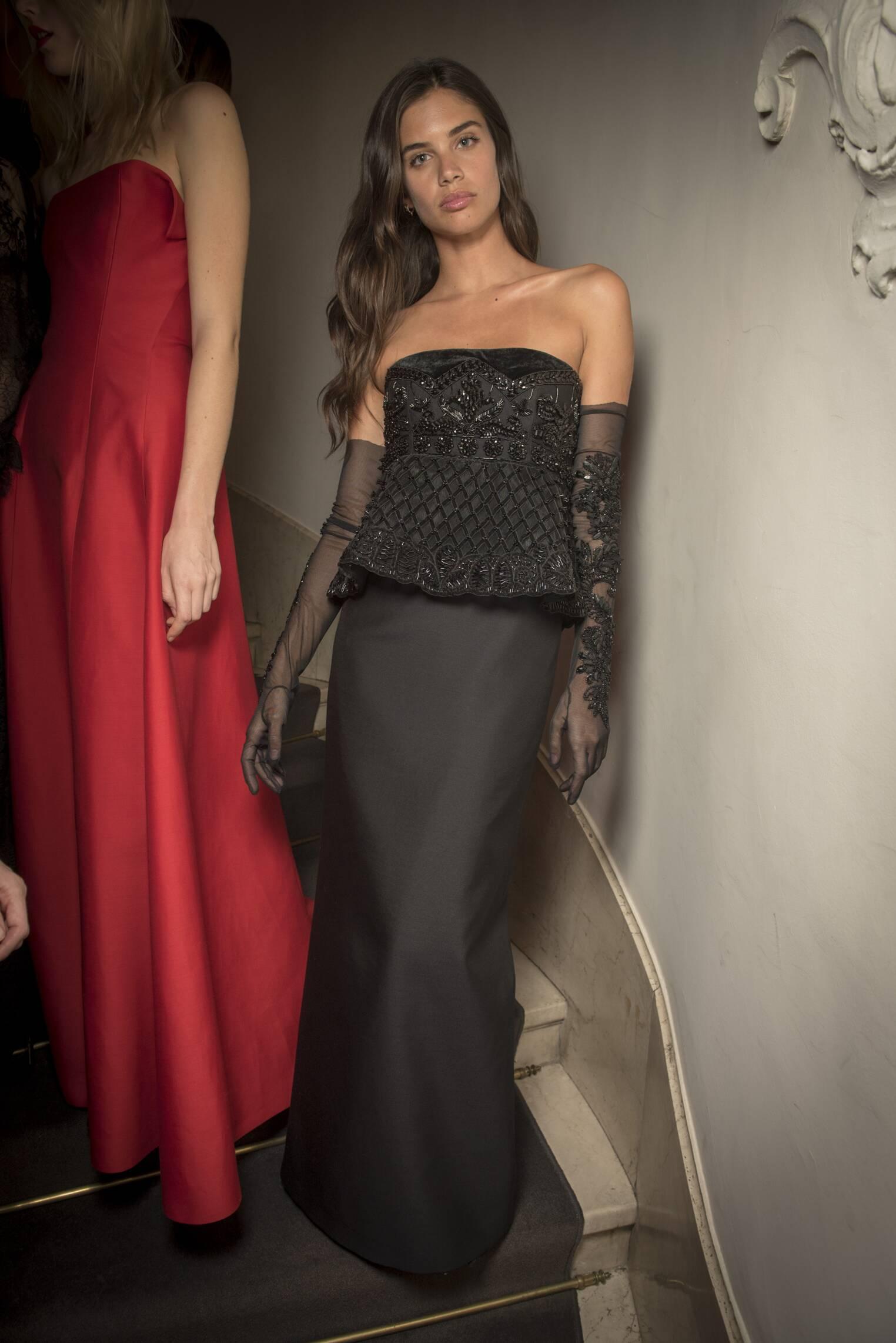 Fashion Model Backstage Alberta Ferretti Fashion Show Milan