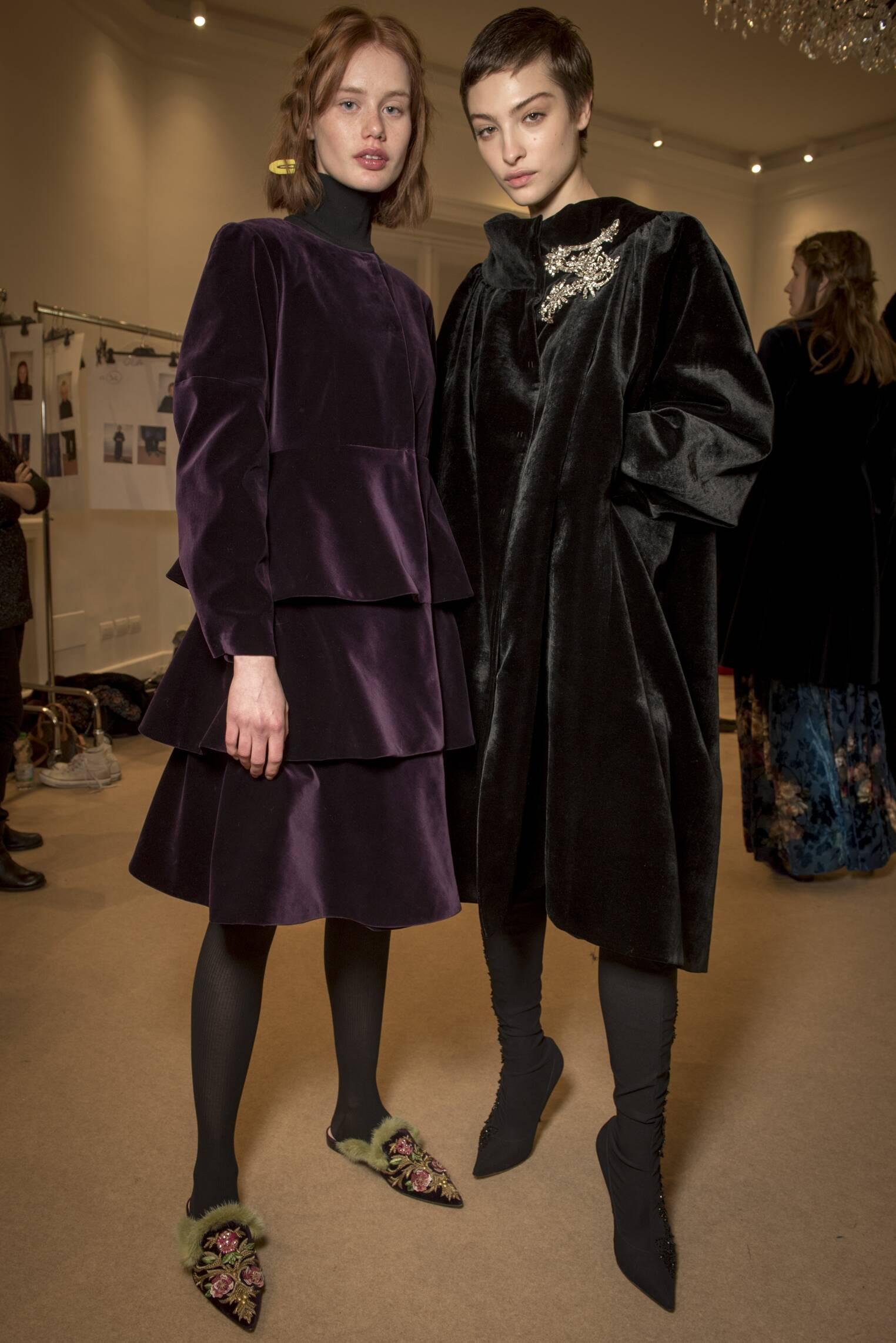 Fashion Models Backstage Alberta Ferretti Limited Edition
