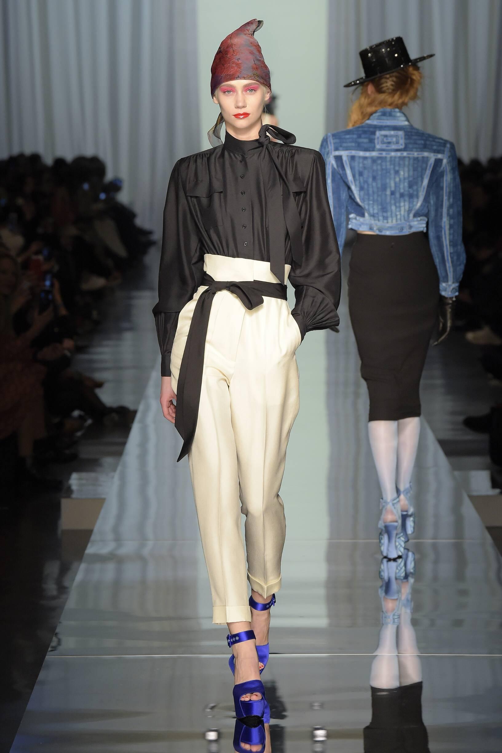 Jean Paul Gaultier Haute Couture Woman Catwalk