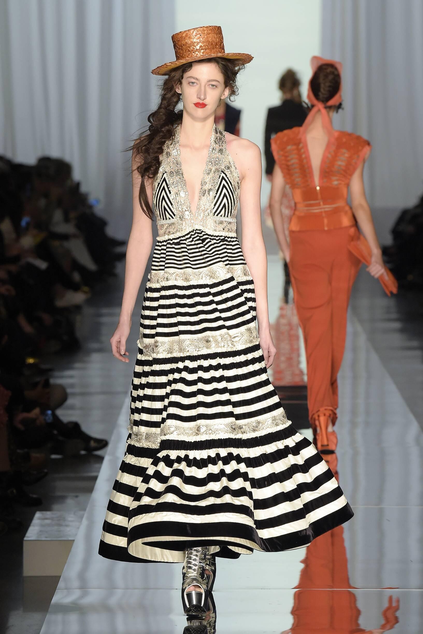 Jean Paul Gaultier Haute Couture Woman Spring 2018 Catwalk