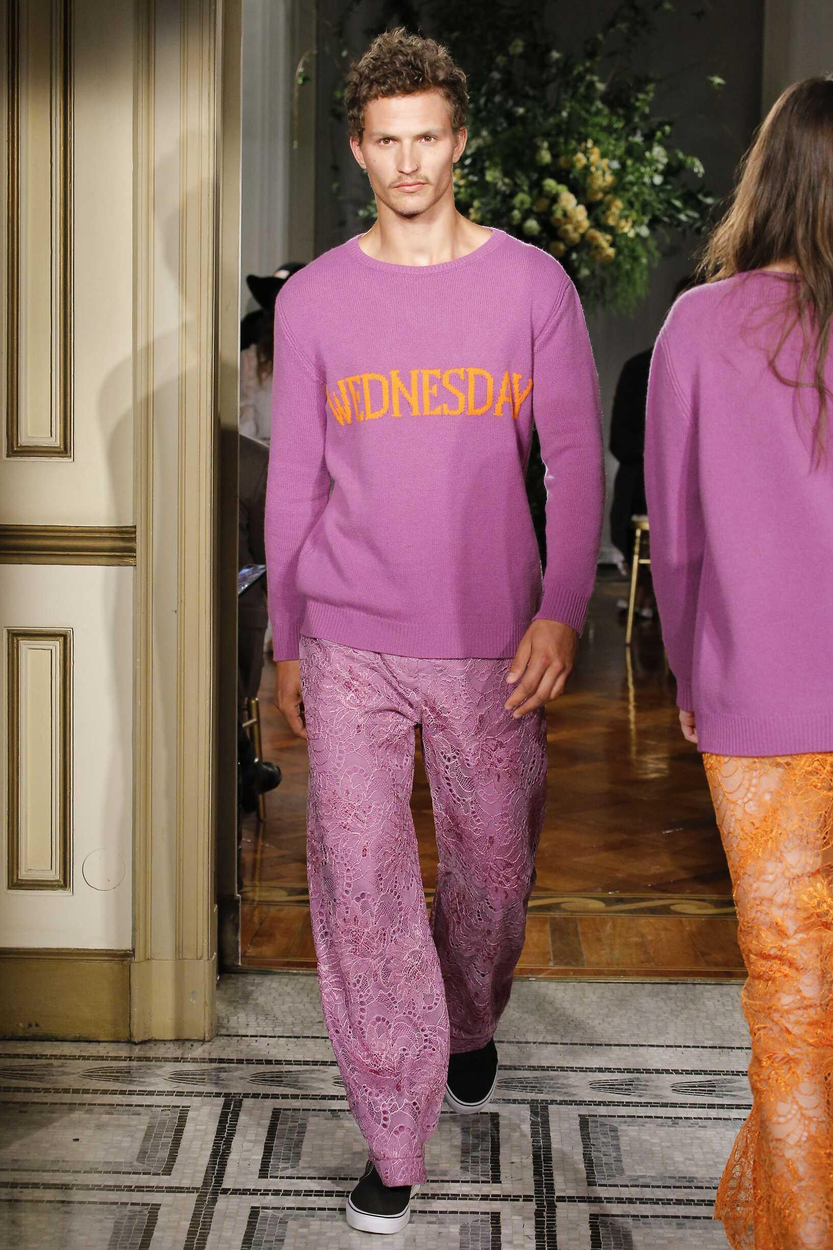 Man 2017-18 Fashion Show Alberta Ferretti Rainbow Collection