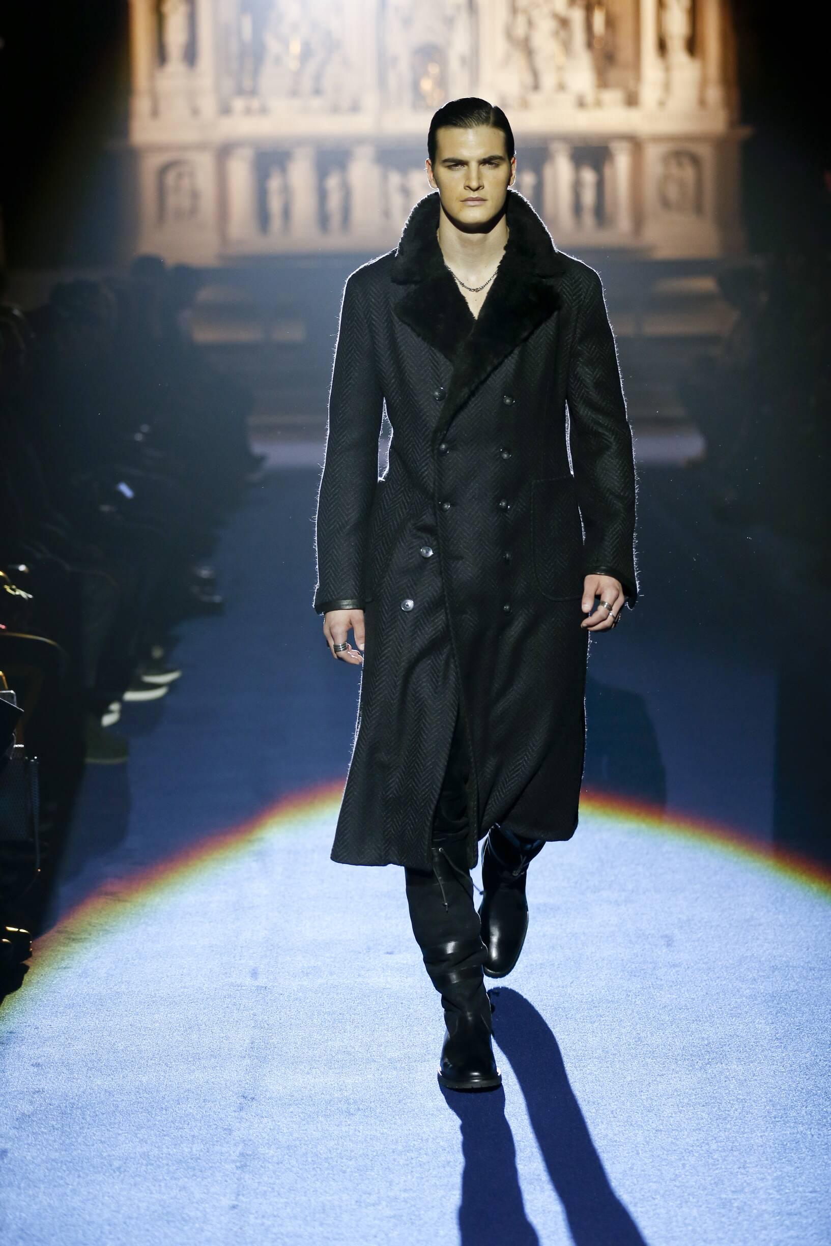 Man Model Fashion Show Joseph Abboud