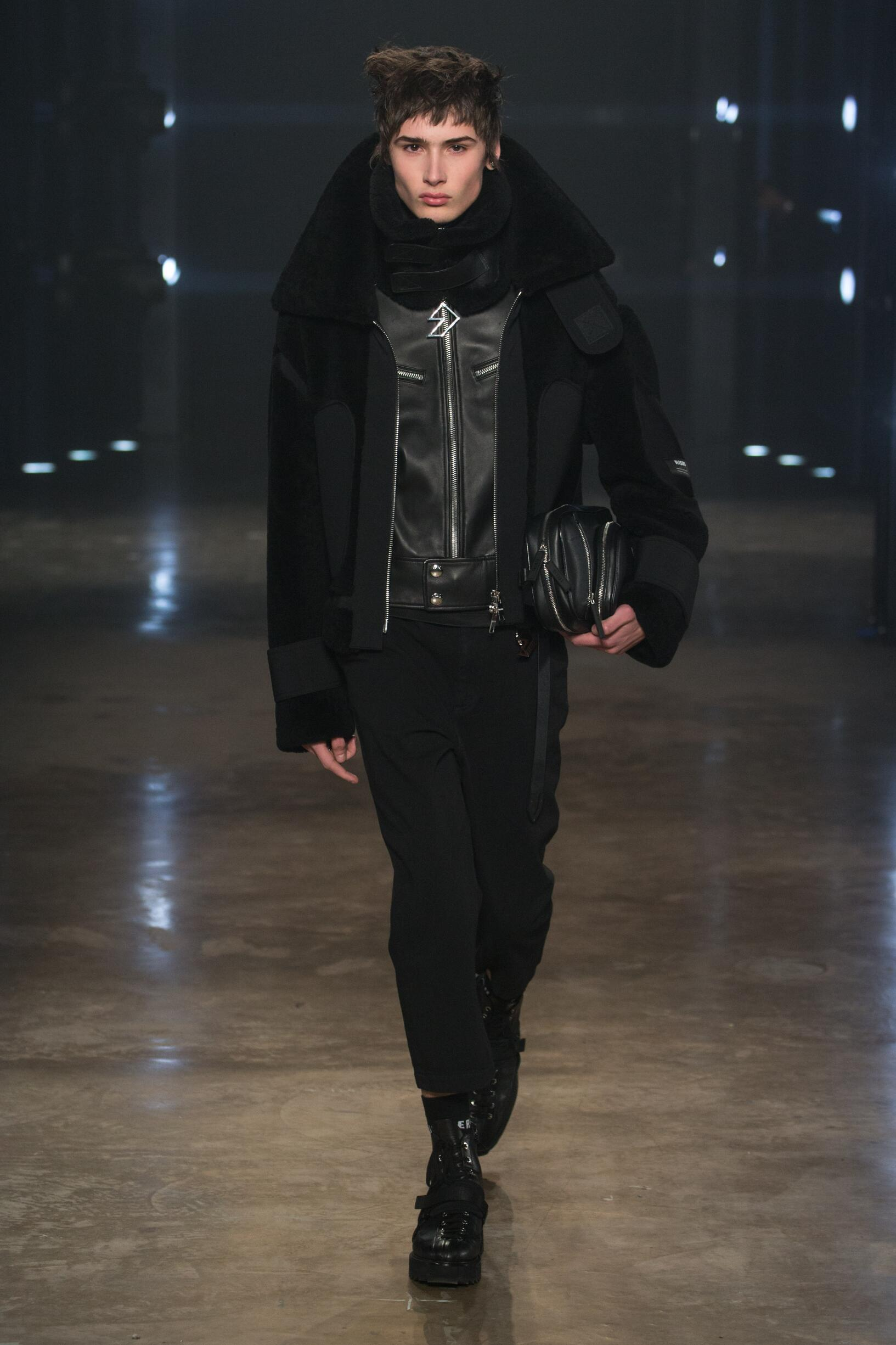Man Model Fashion Show Versus Versace