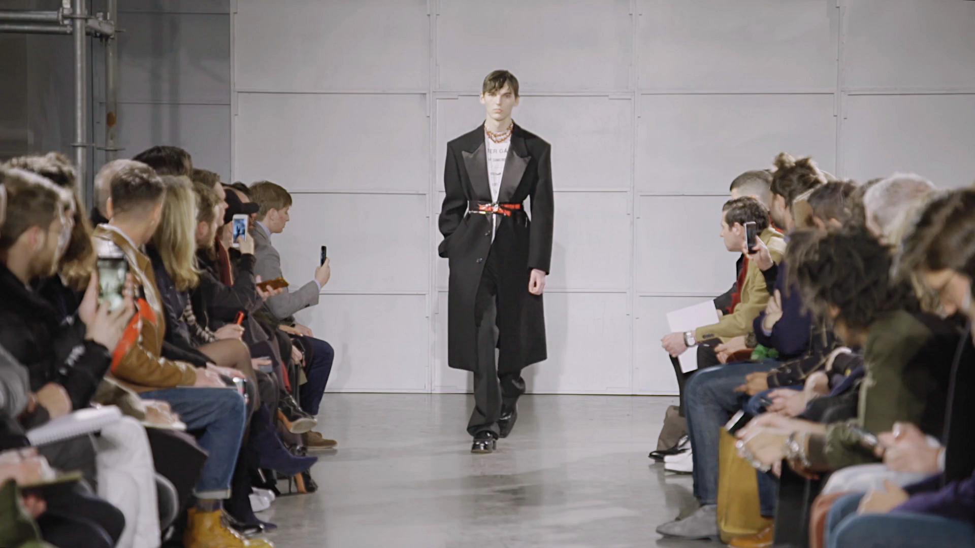 Raf Simons Fall Winter 2017-18 Fashion Show - New York Fashion Week