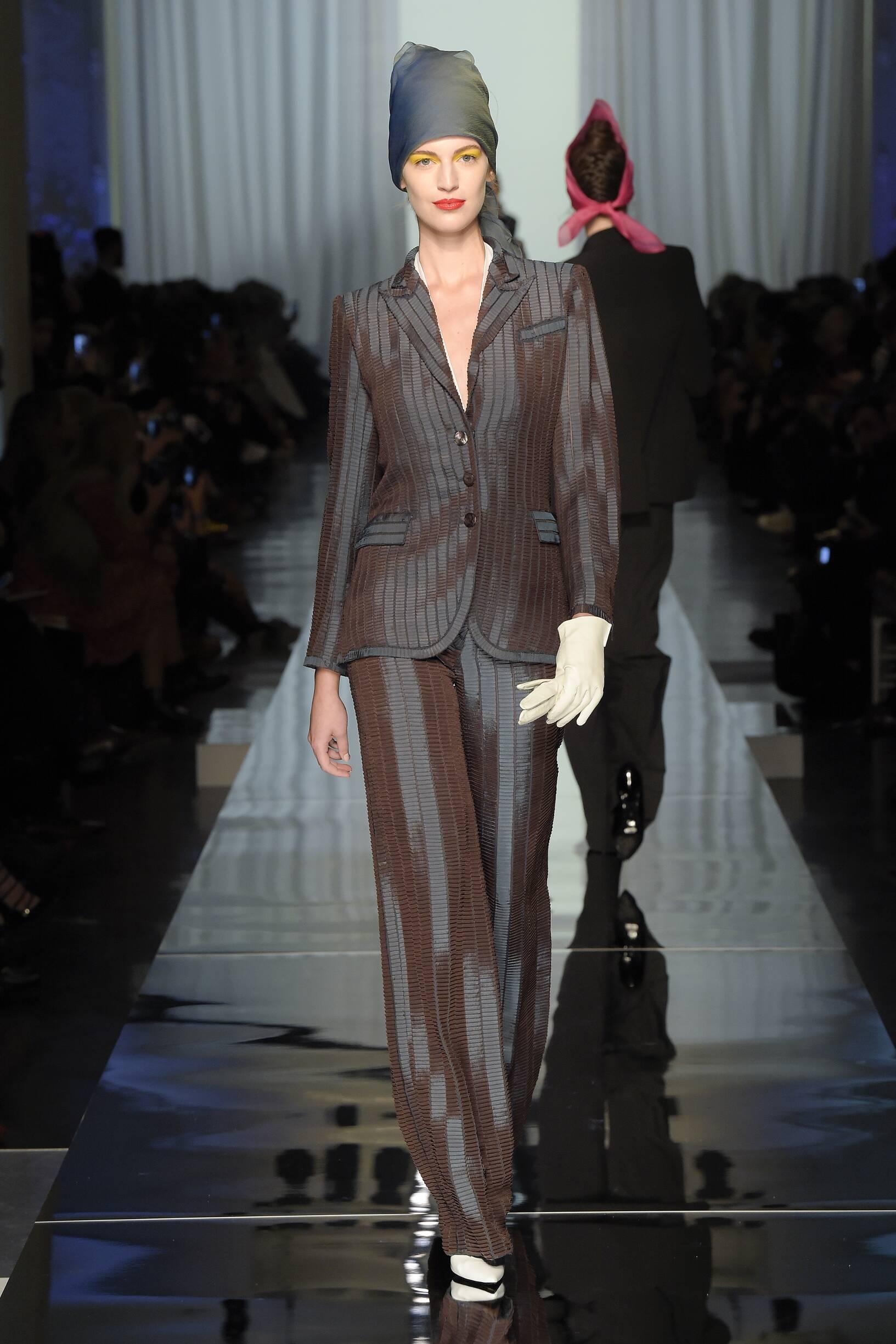 SS 2017 Jean Paul Gaultier Haute Couture Fashion Show Woman