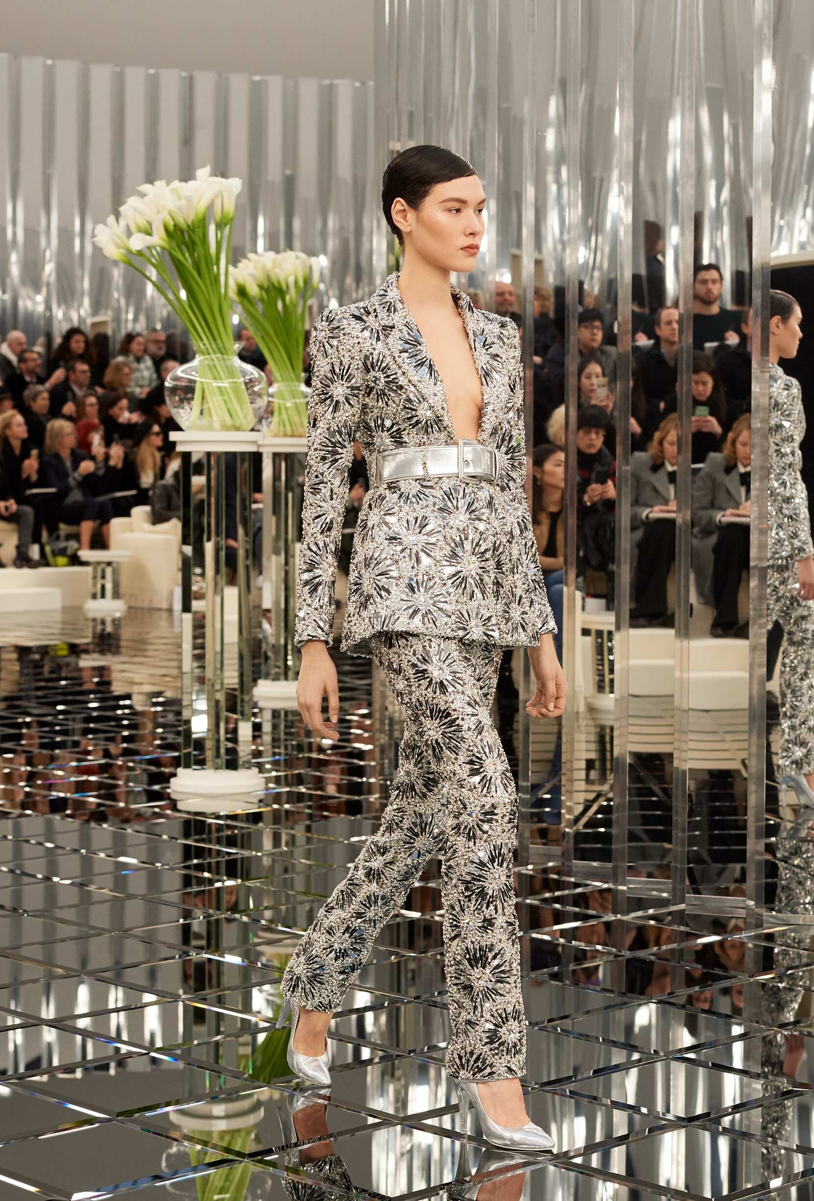Woman Catwalk Chanel Haute Couture