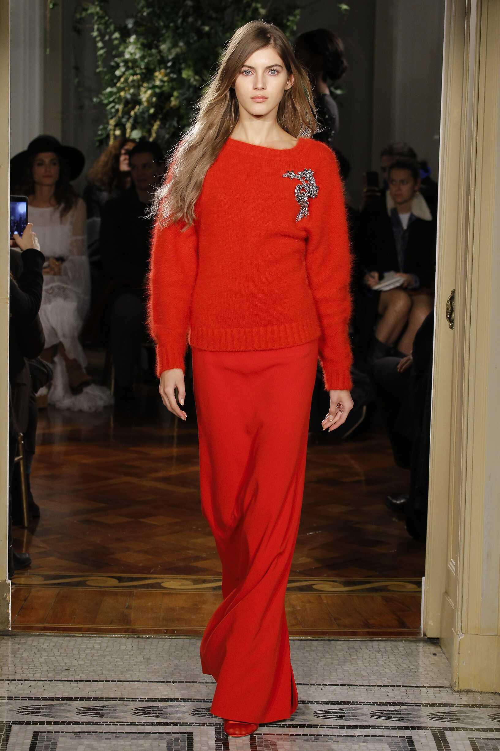 Woman Limited Edition 2017-18 Fashion Show Alberta Ferretti