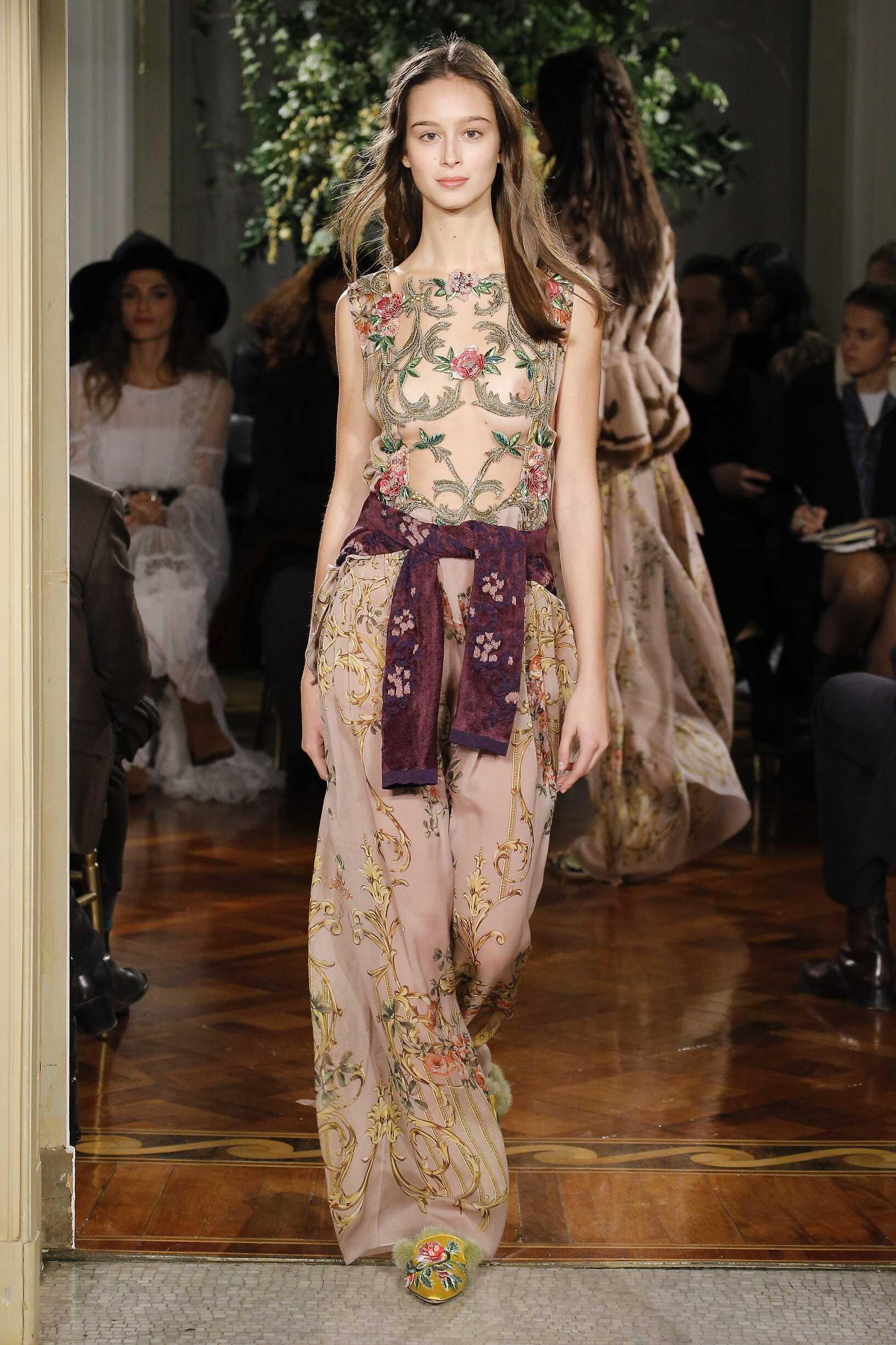 Woman Model Fashion Show Alberta Ferretti