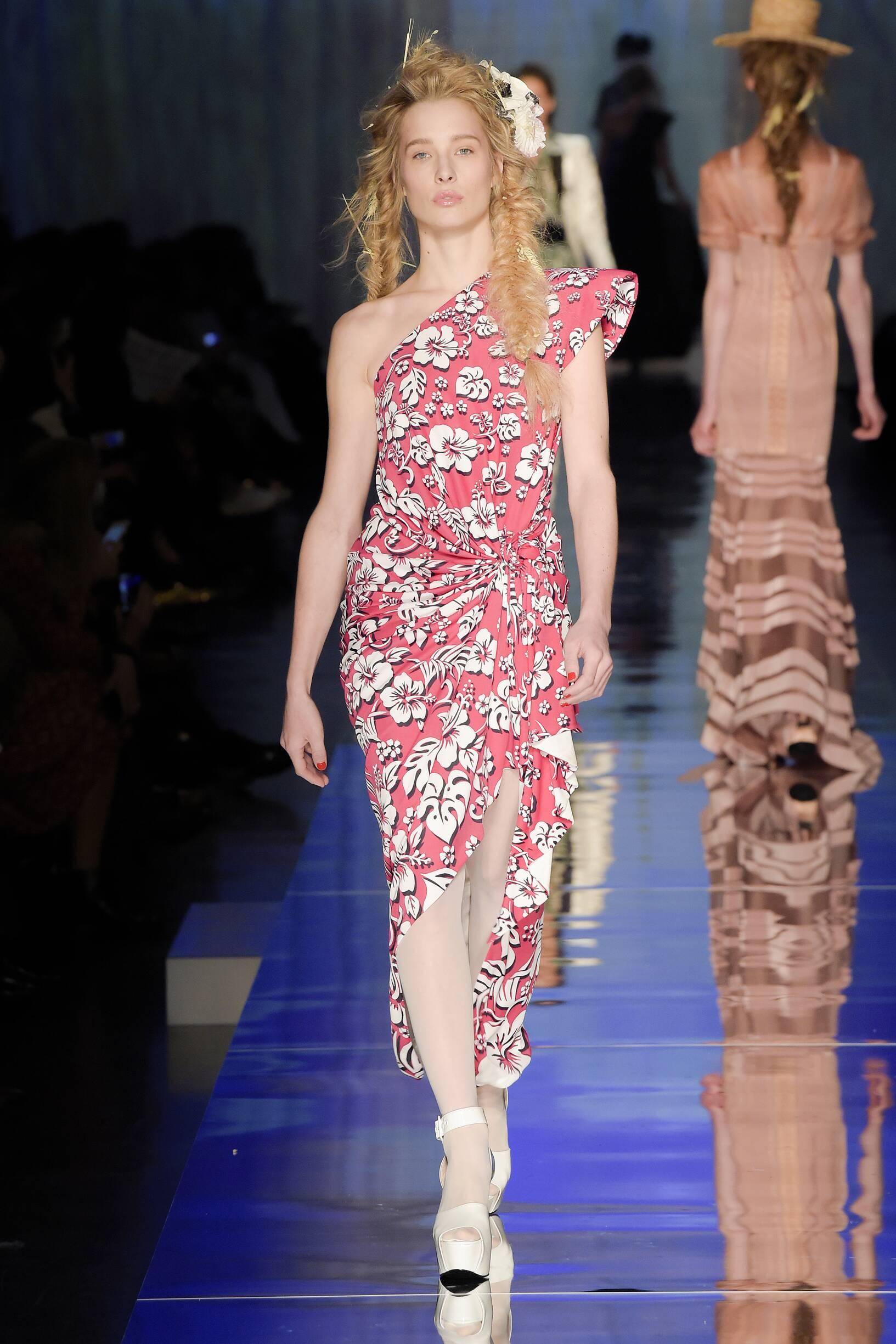 Women SS 2017 Jean Paul Gaultier Haute Couture Fashion Show Paris