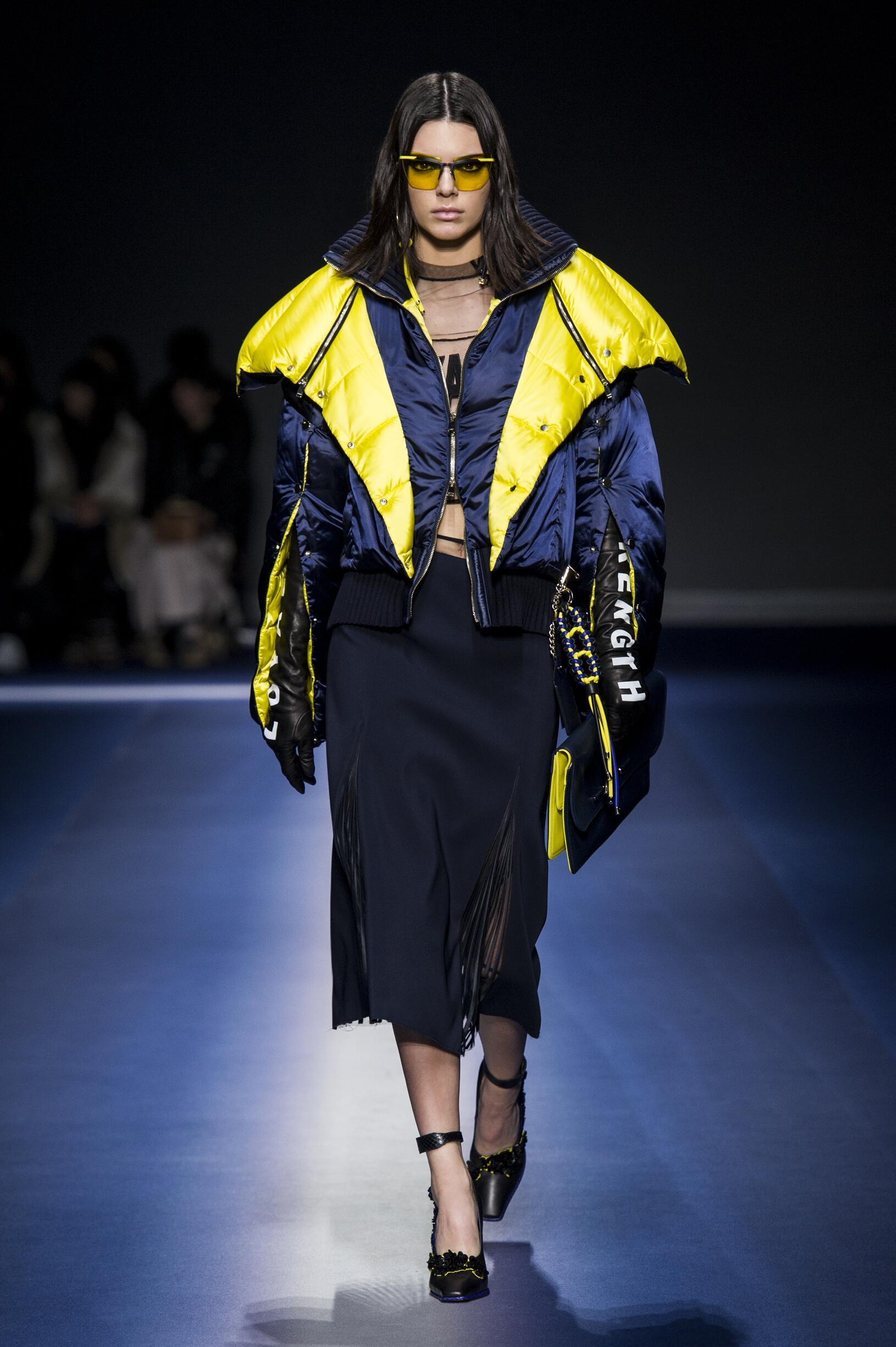 2017-2018 Woman Catwalk Versace