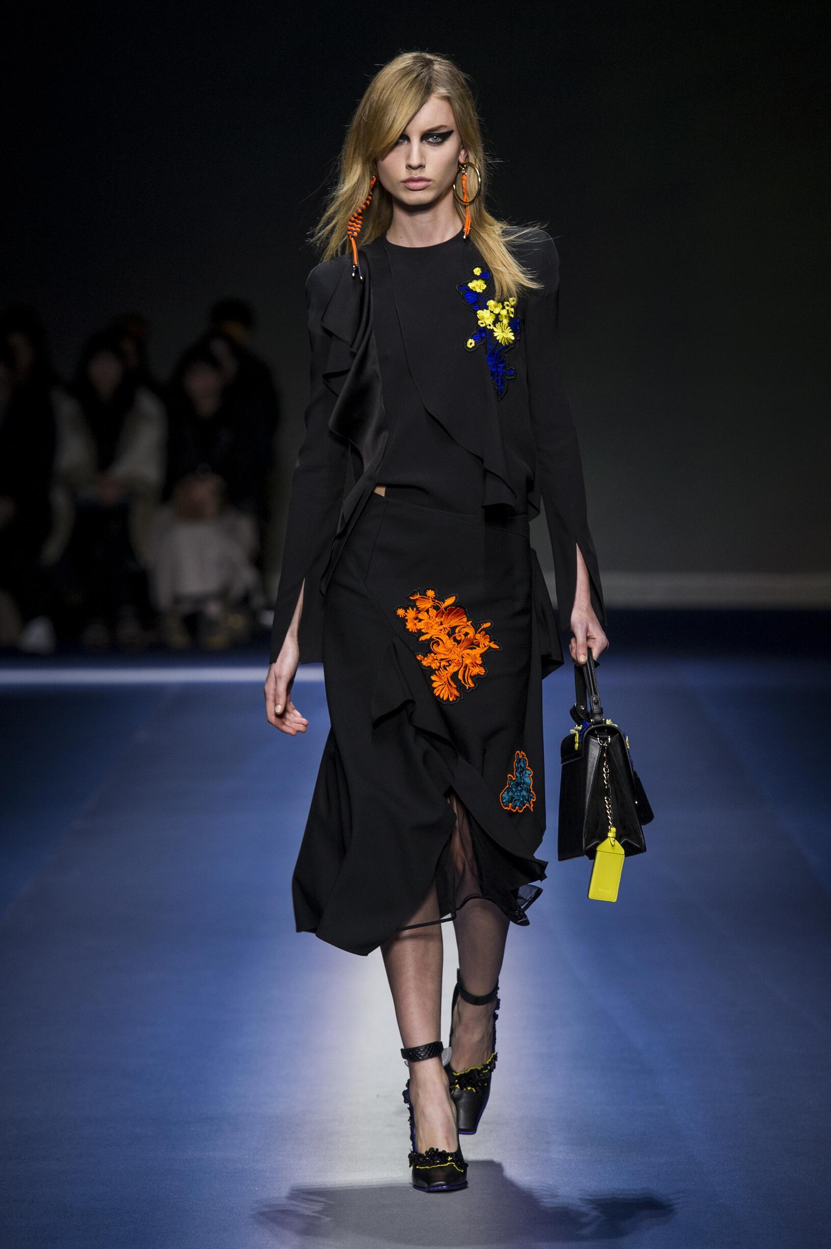 2017 Catwalk Versace