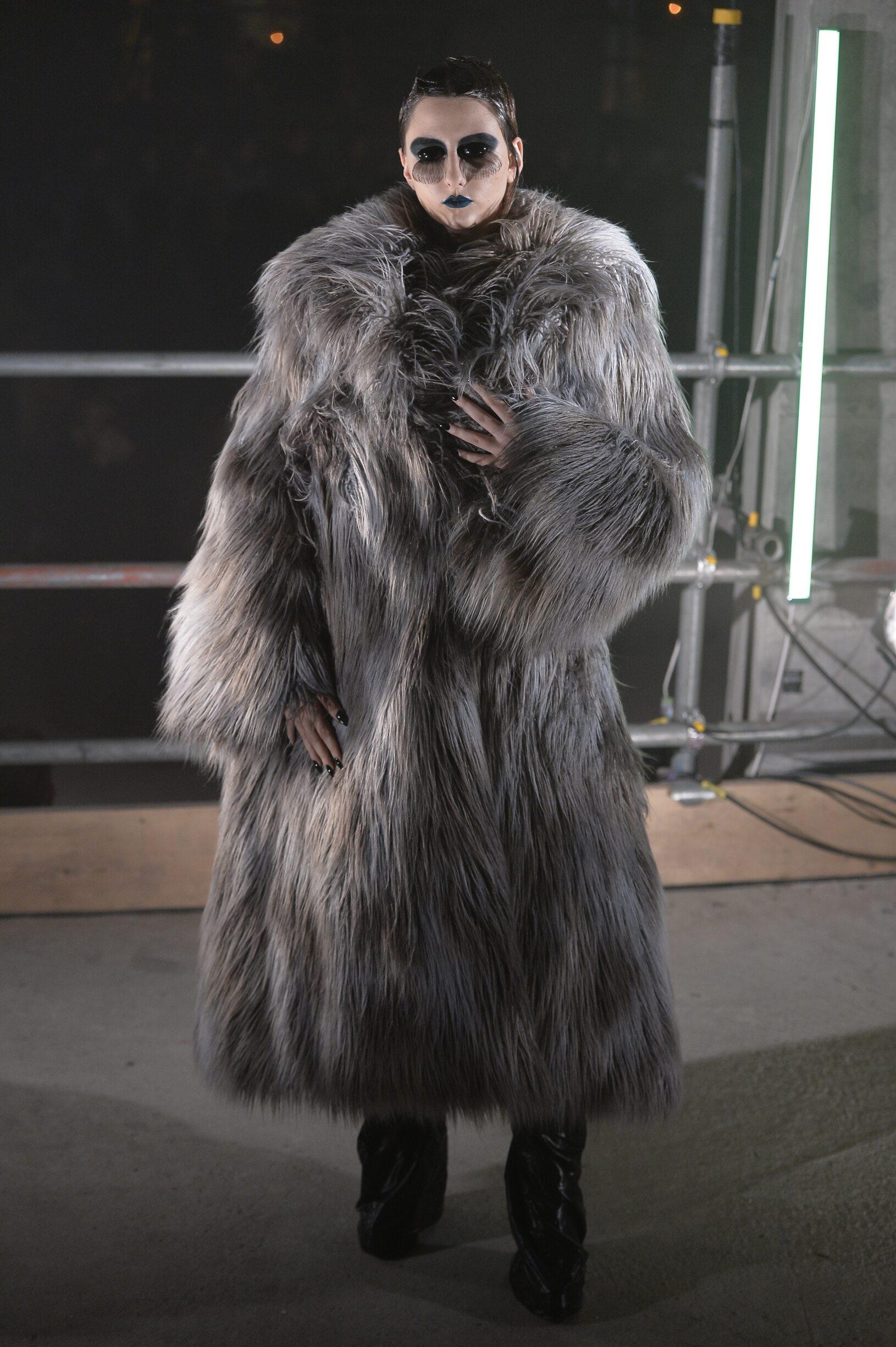 2017 Gareth Pugh Fall Winter Woman