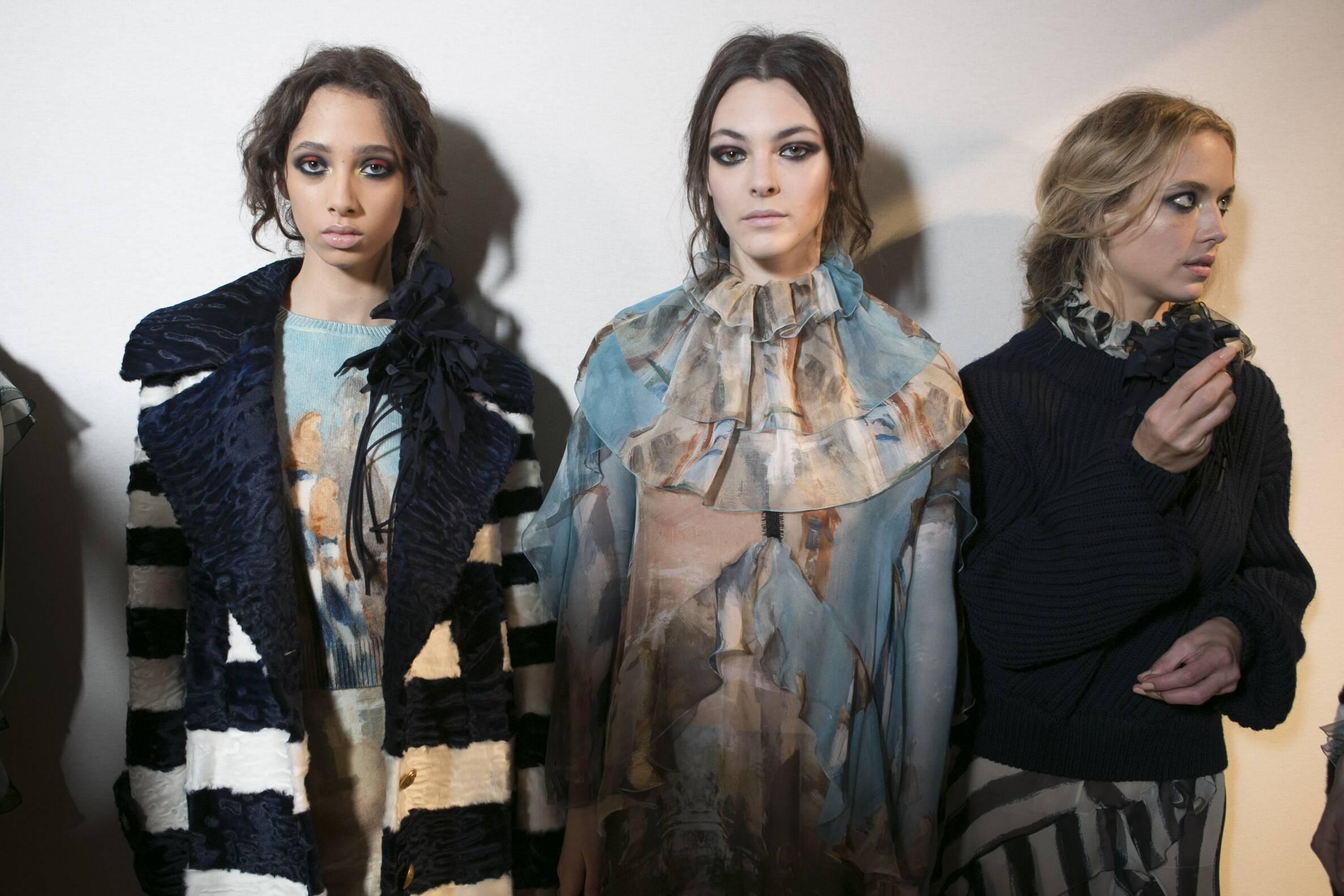 Backstage Alberta Ferretti Milan Fashion Week Models