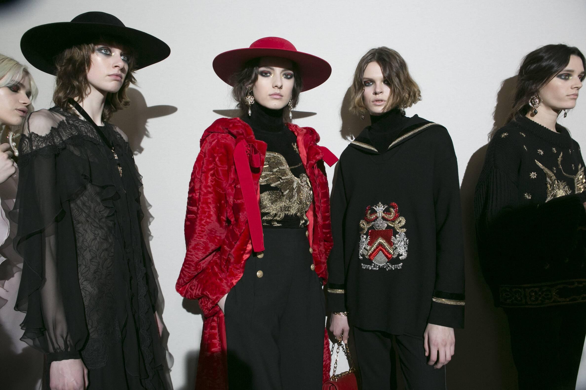 Backstage Alberta Ferretti Models 2017-2018