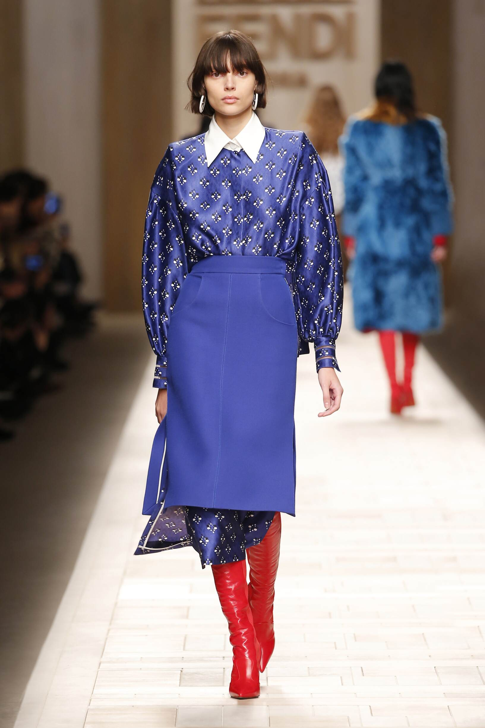 Catwalk Fendi Woman Fashion Show Winter 2017