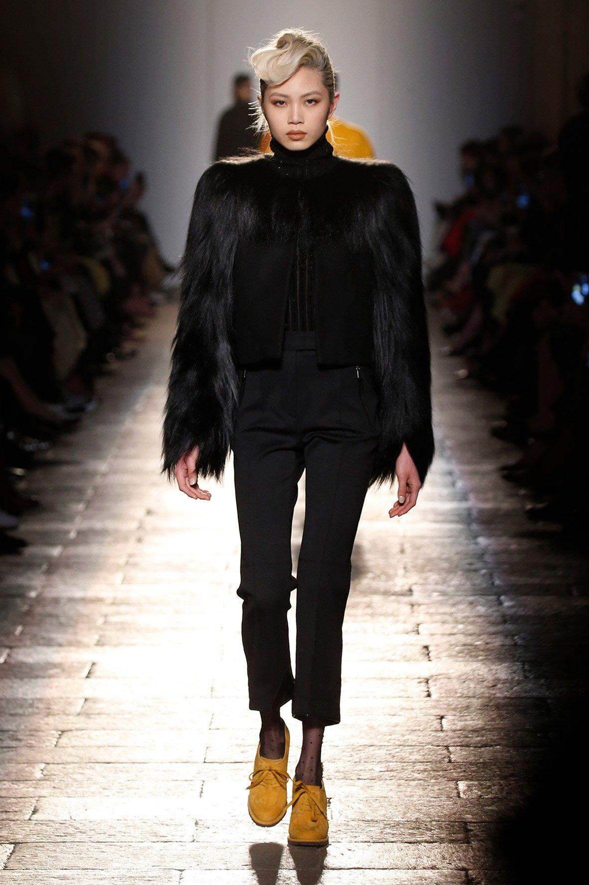 FW 2017-18 Bottega Veneta Woman Model