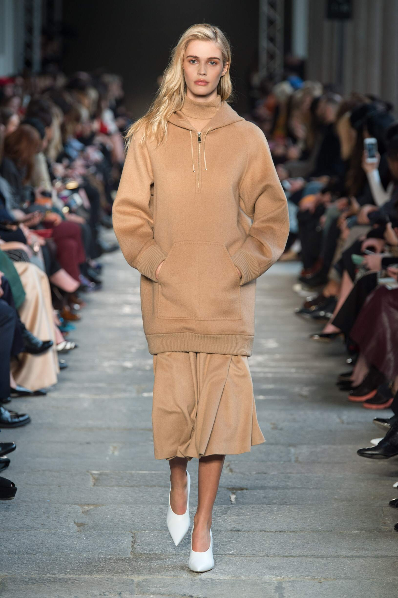 Fall Winter 2017 Woman Milan Max Mara Collection