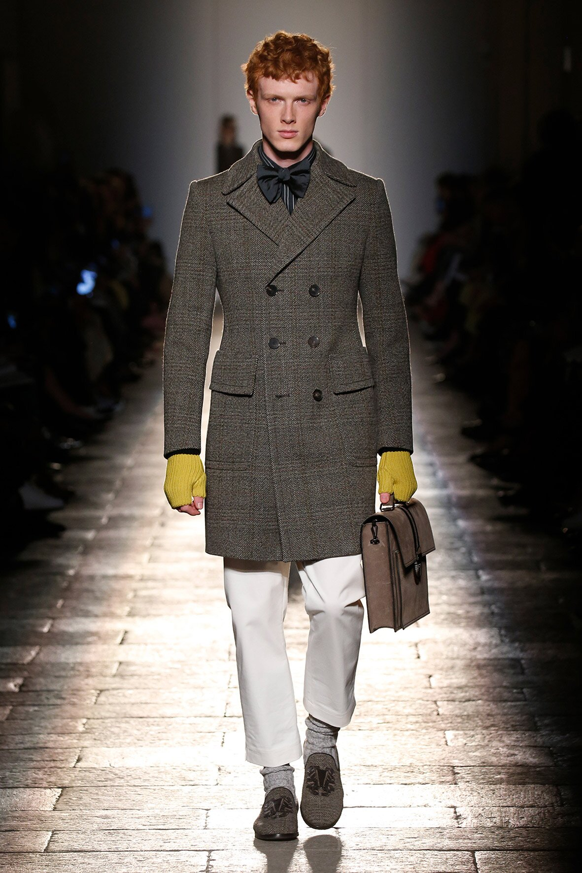 Fashion Man Model Bottega Veneta Catwalk 17-18