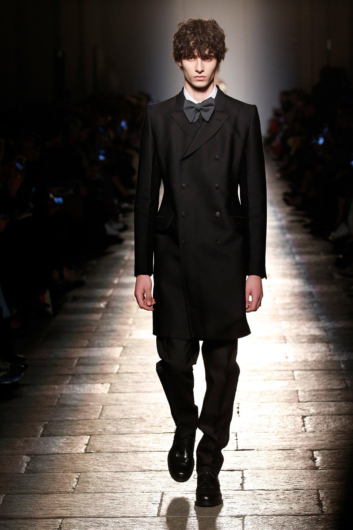 Fashion Man Model Bottega Veneta Runway