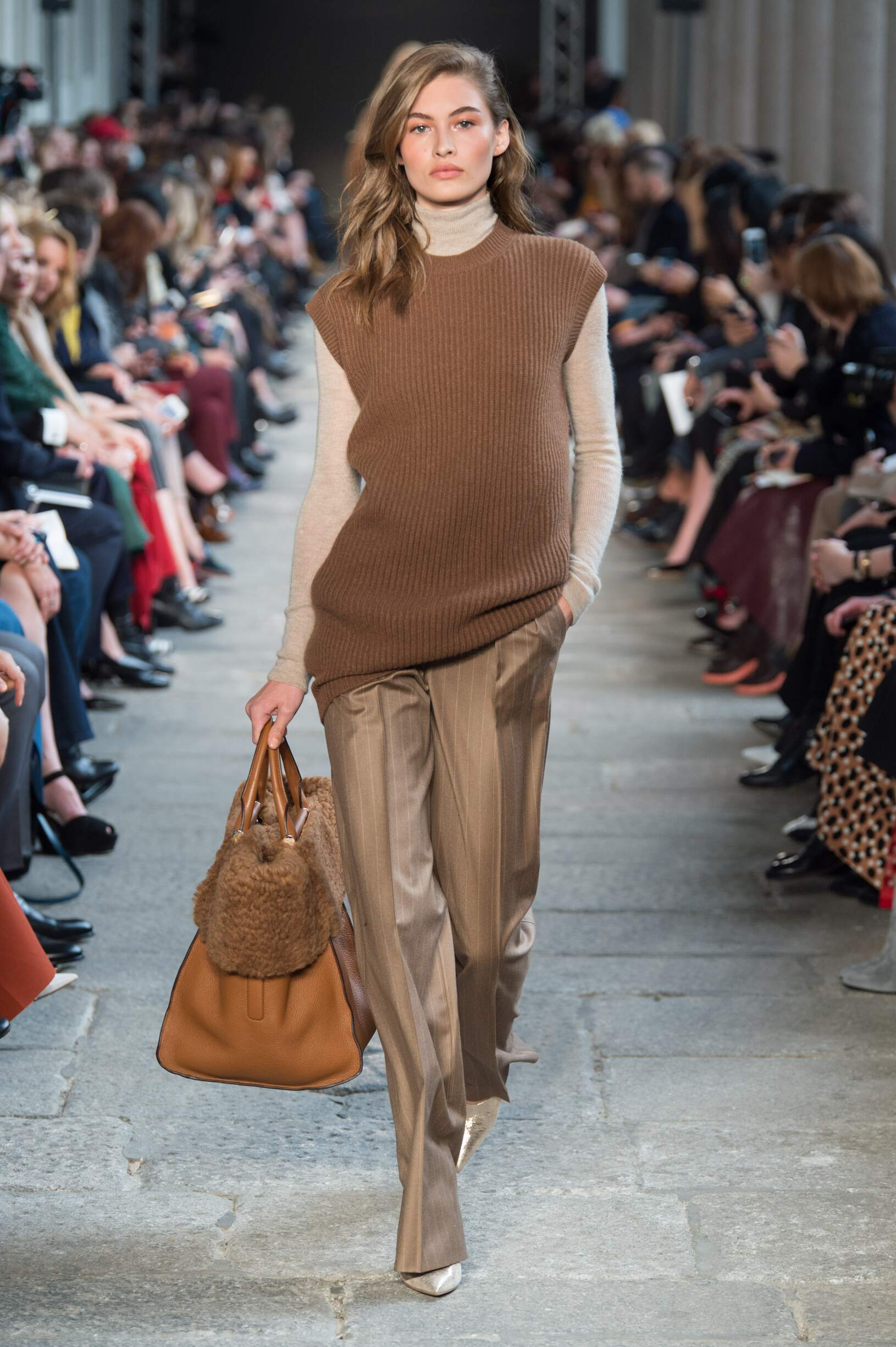 Max Mara Fall Winter 2017 18 Women S Collection The