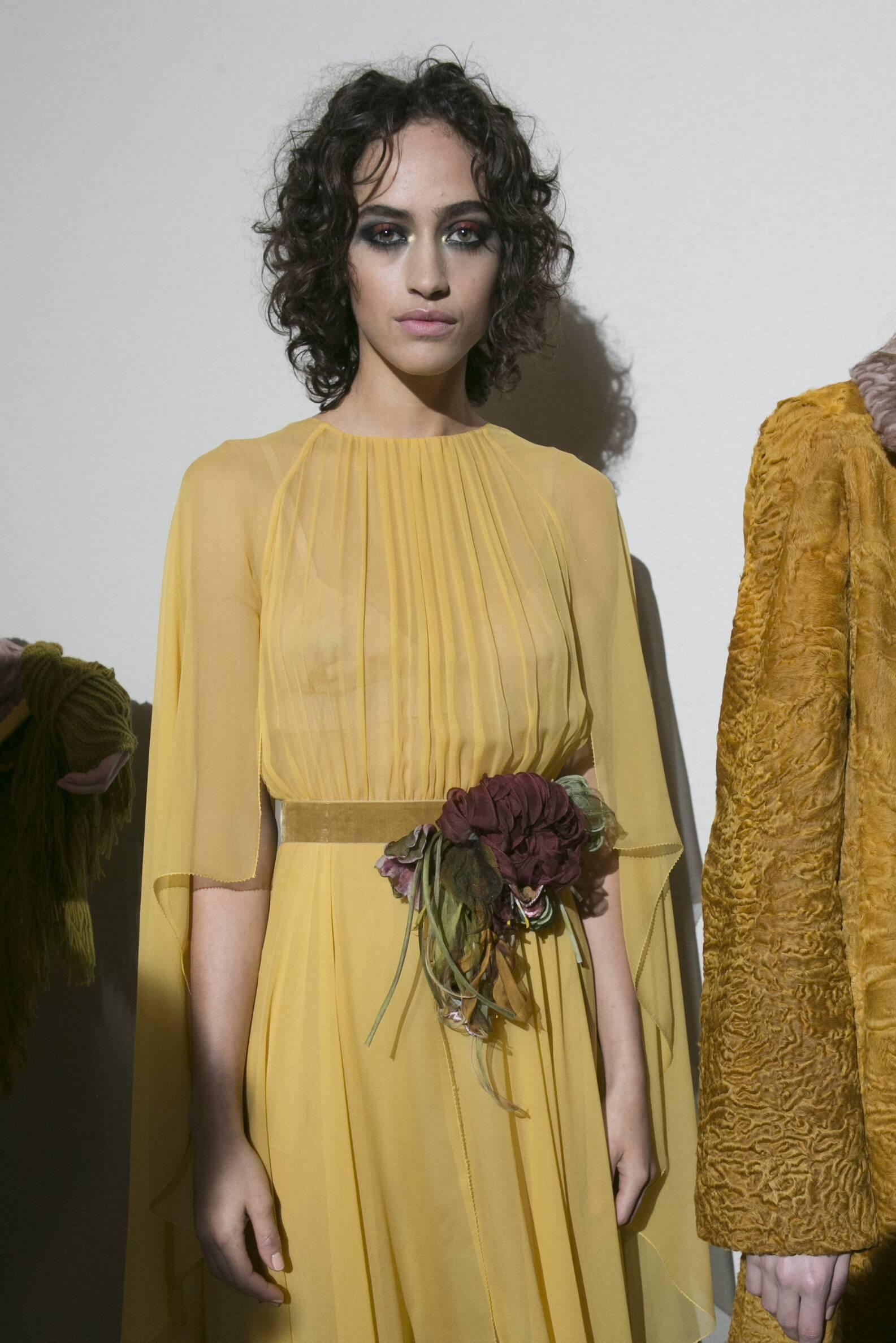 Model Backstage Alberta Ferretti Portrait Fashion Show 2017