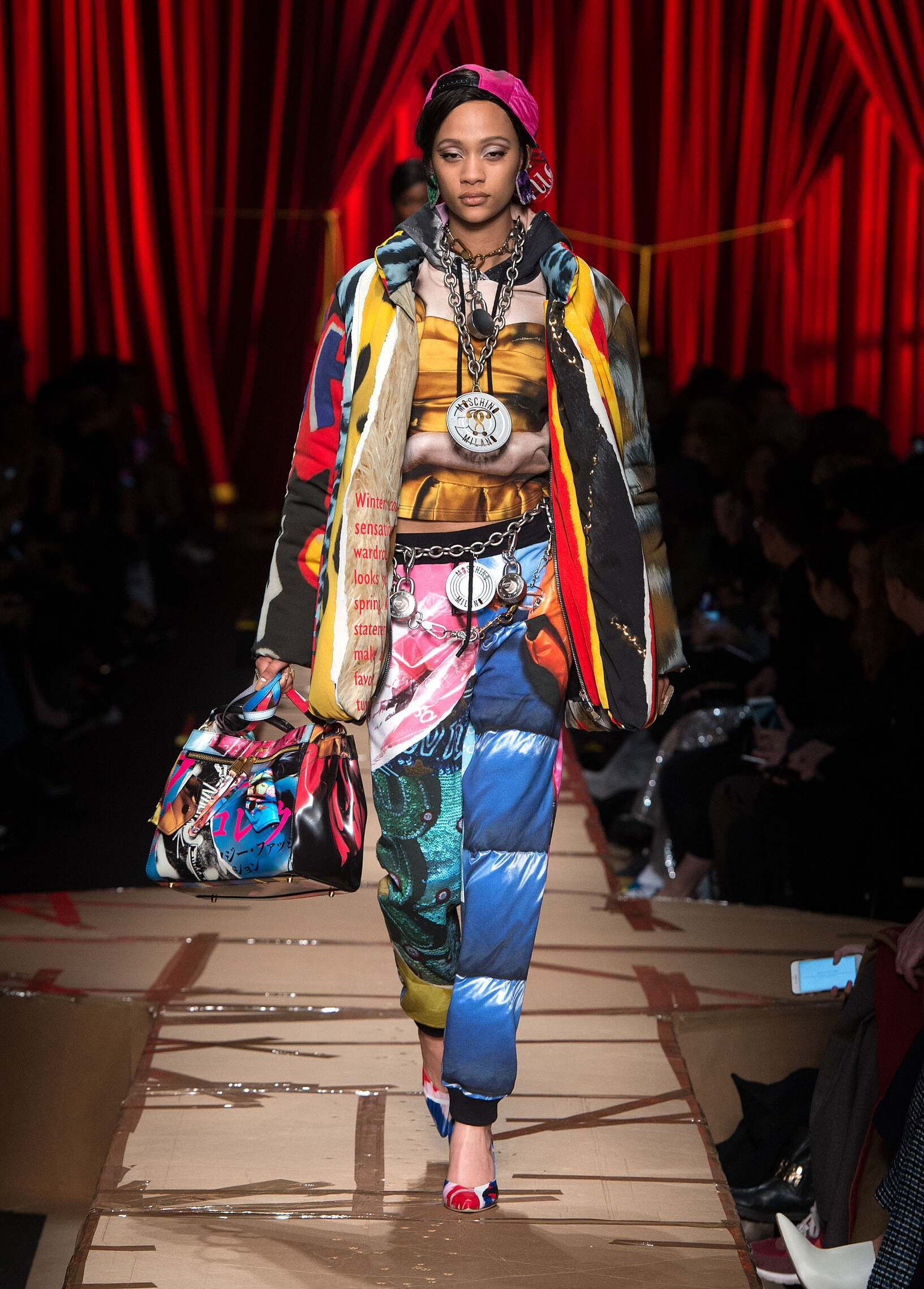 Moschino Winter 2017 Catwalk