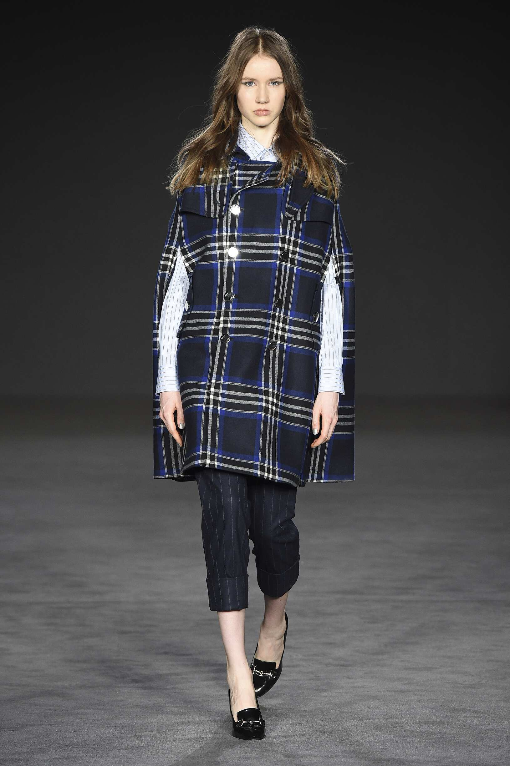 Runway Daks Fall Winter 2017 Women's Collection London Fashion Week