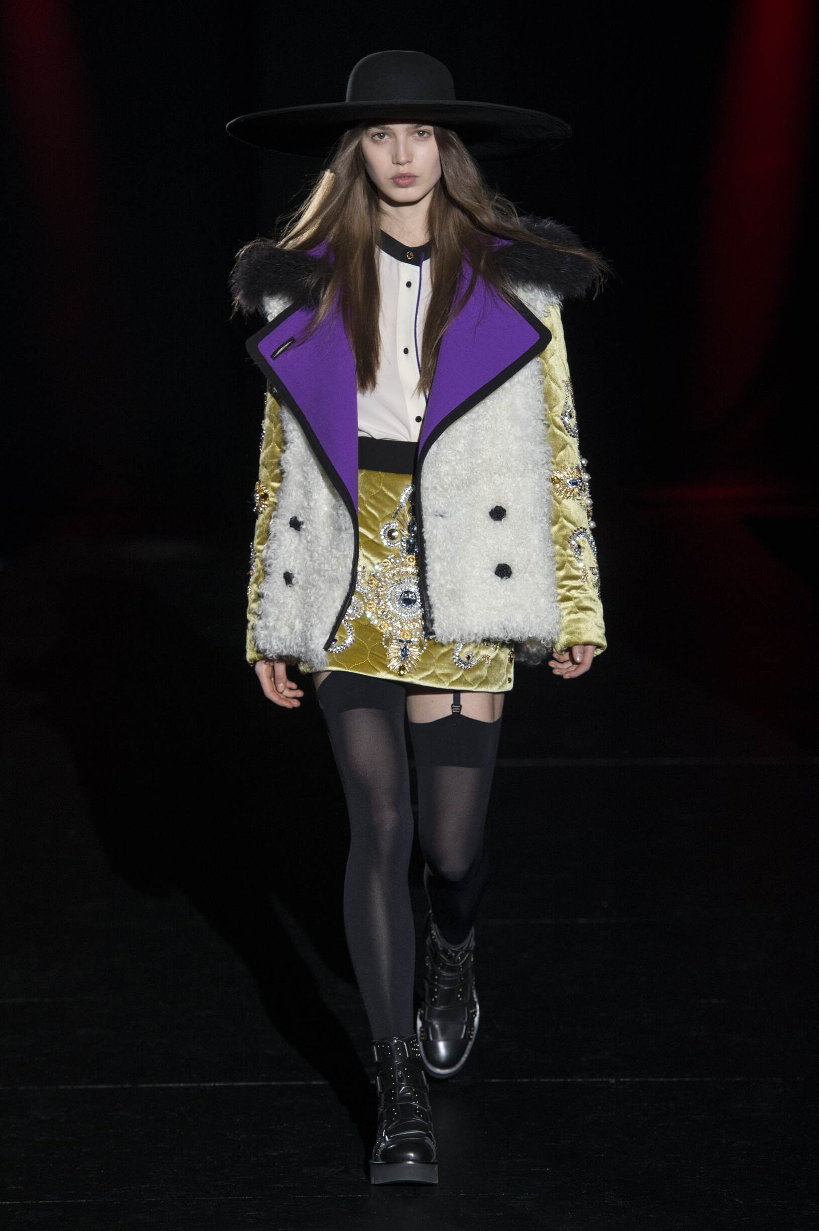 Runway Fausto Puglisi Fall Winter 2017 Women's Collection Milan Fashion Week