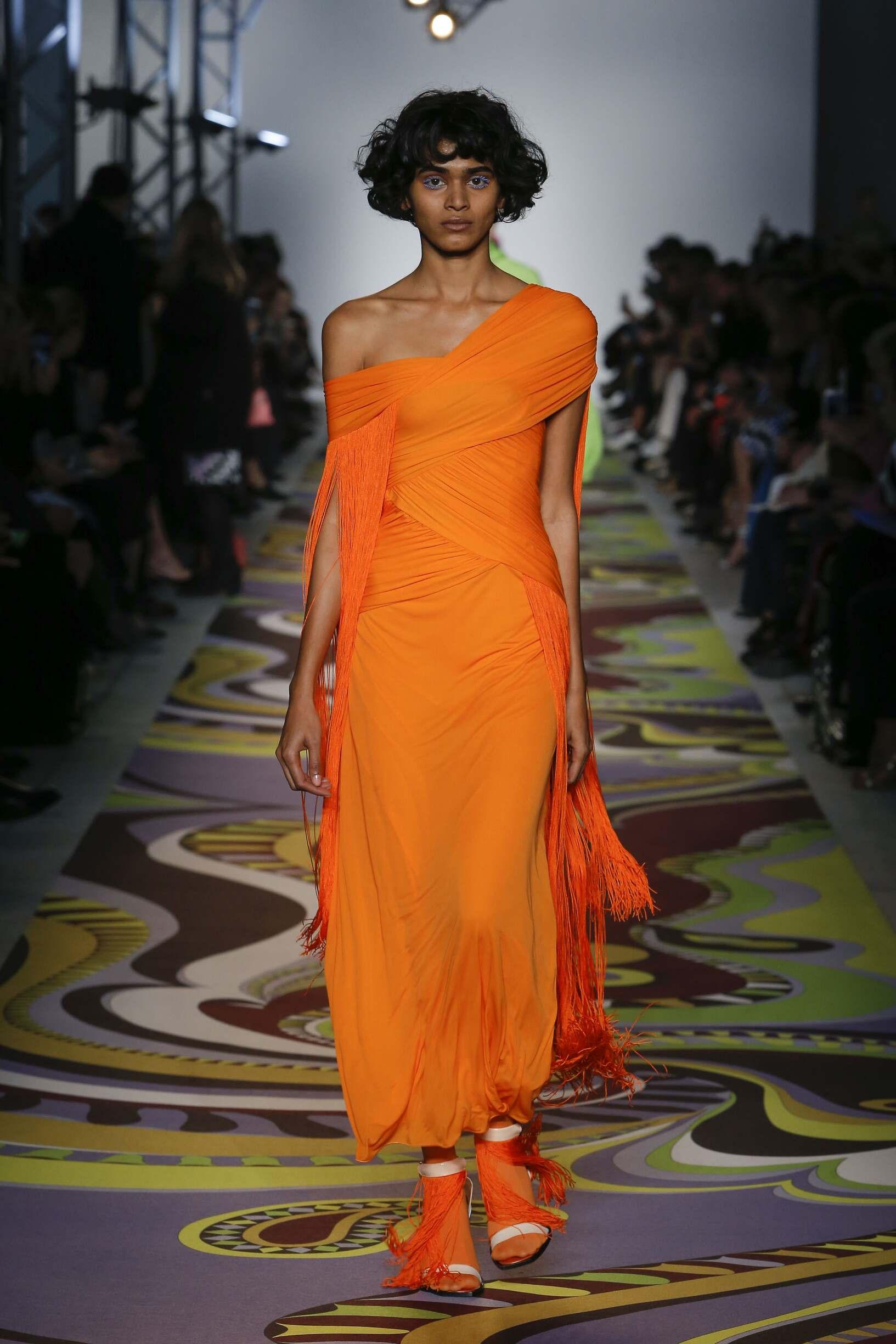 Woman Model Fashion Show Emilio Pucci