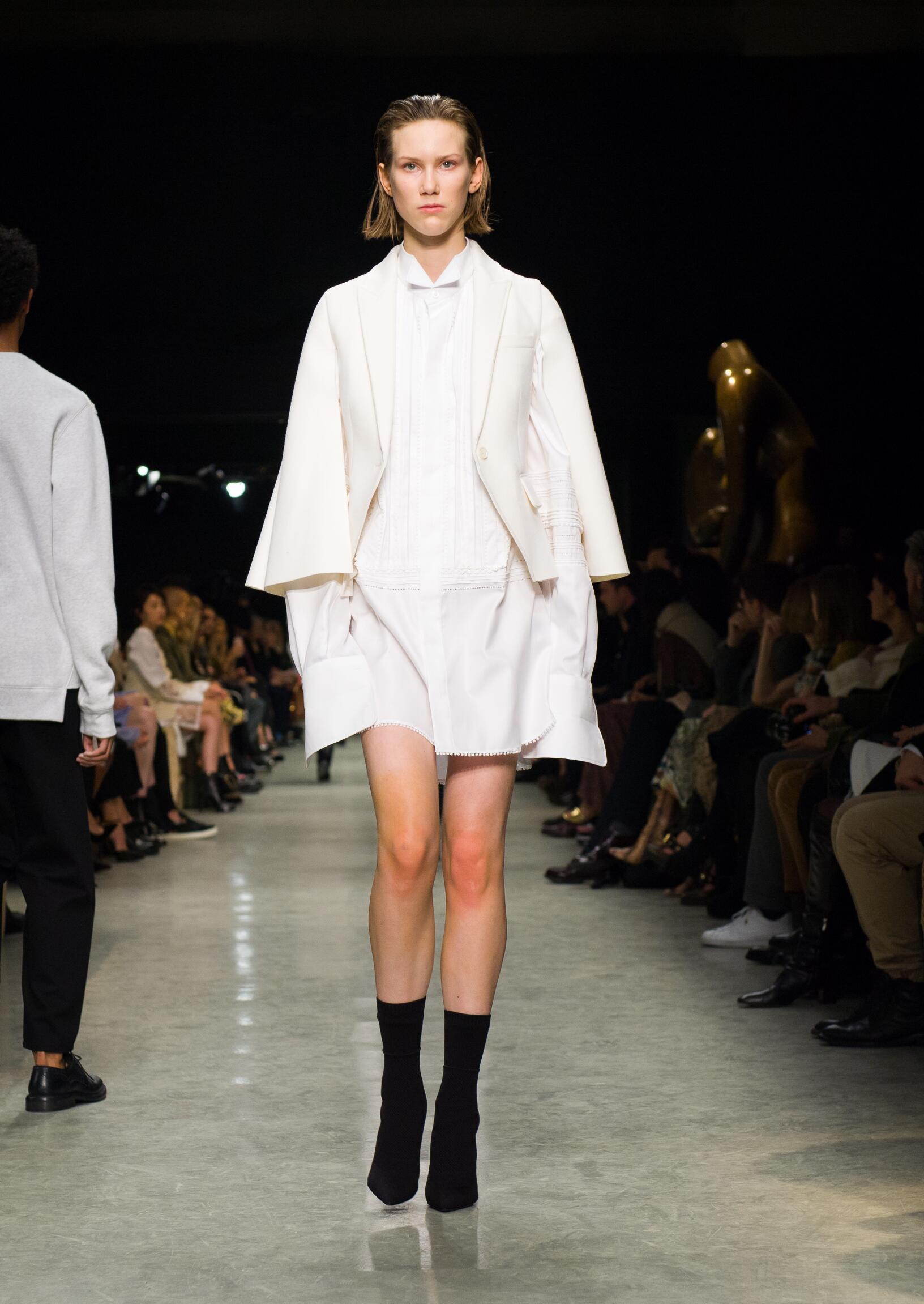 Womenswear FW Burberry 2017 Fashion Week