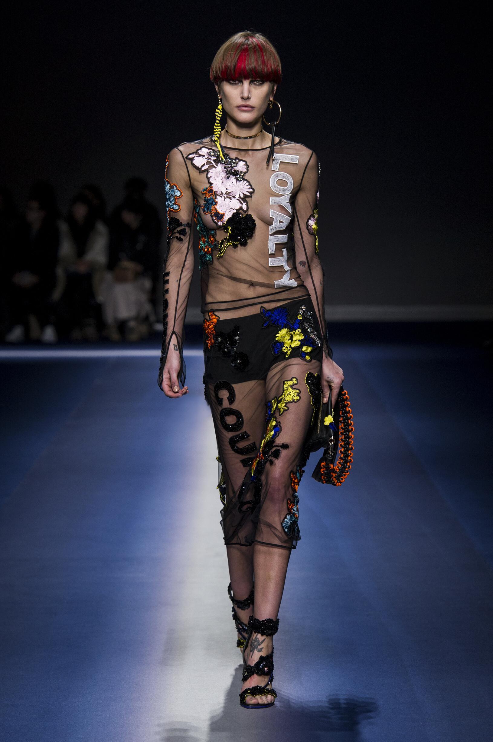 Womenswear FW Versace 2017