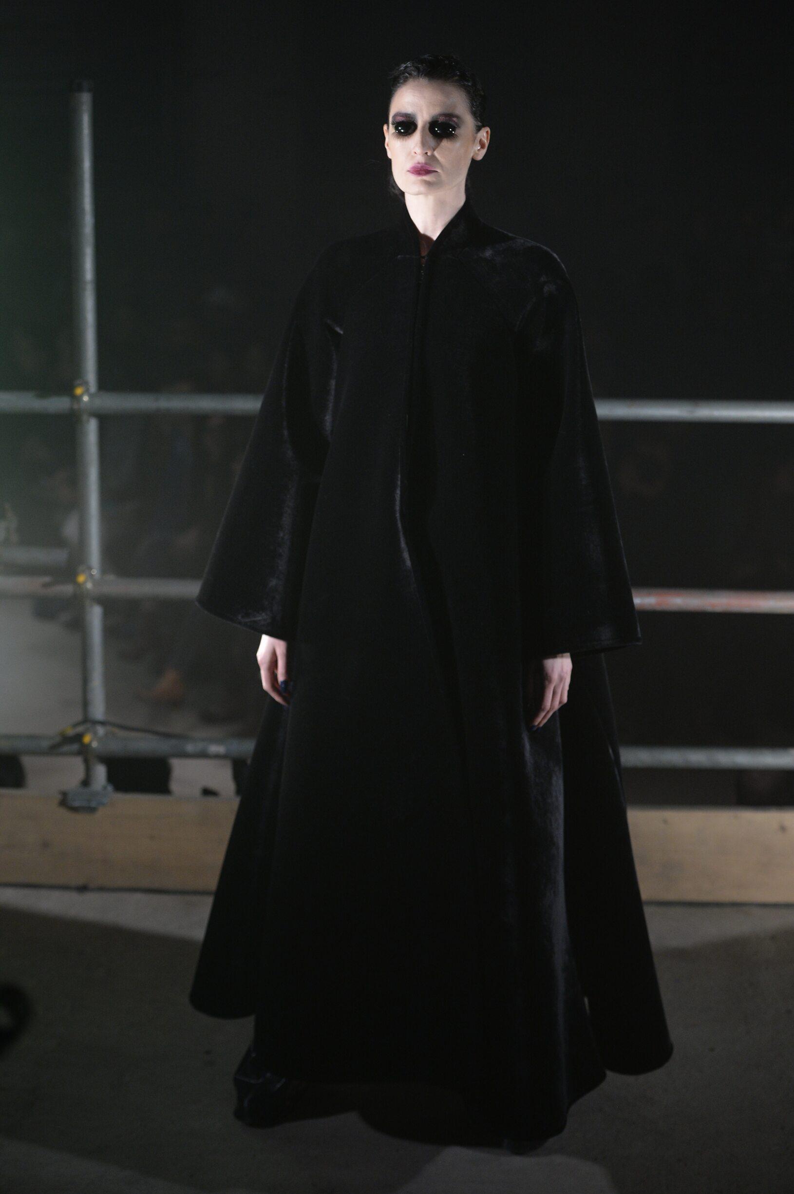 Womenswear Winter Gareth Pugh 2017