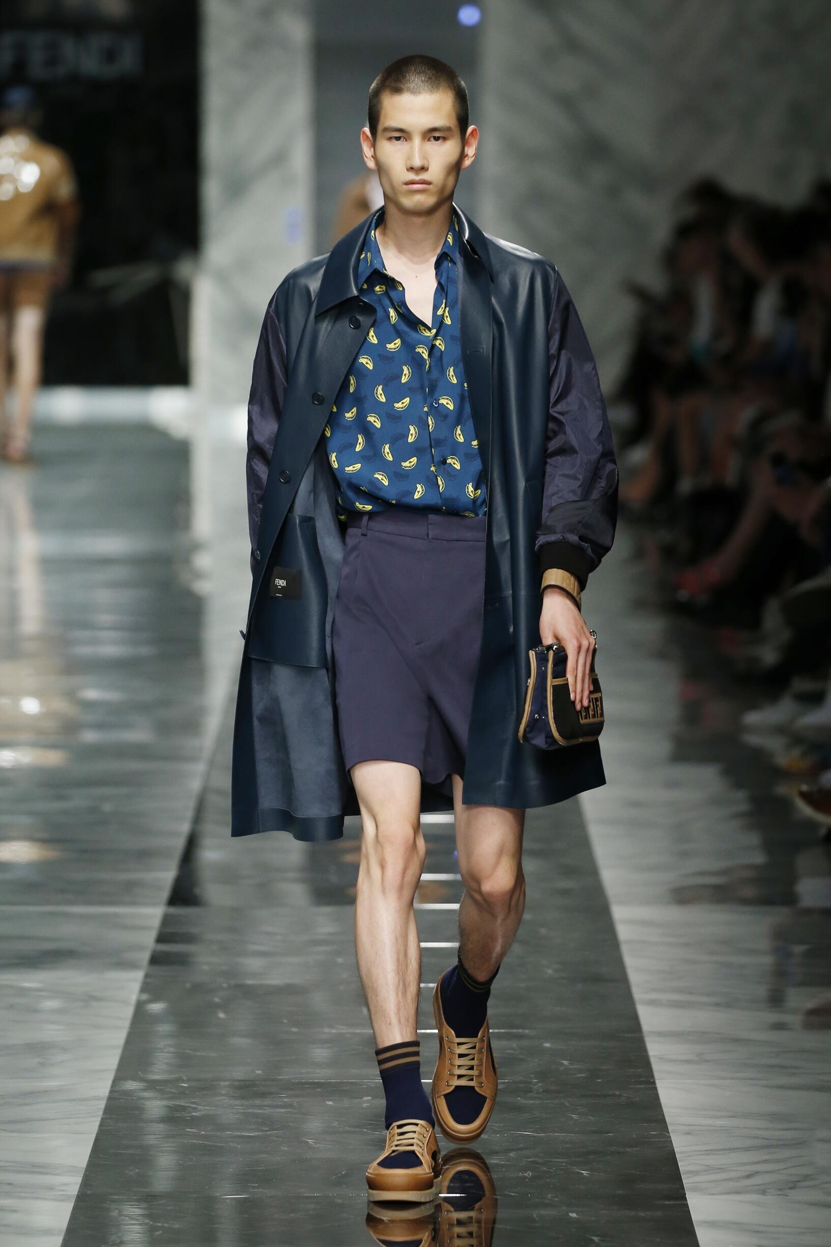 2018 Catwalk Fendi Man Fashion Show Summer