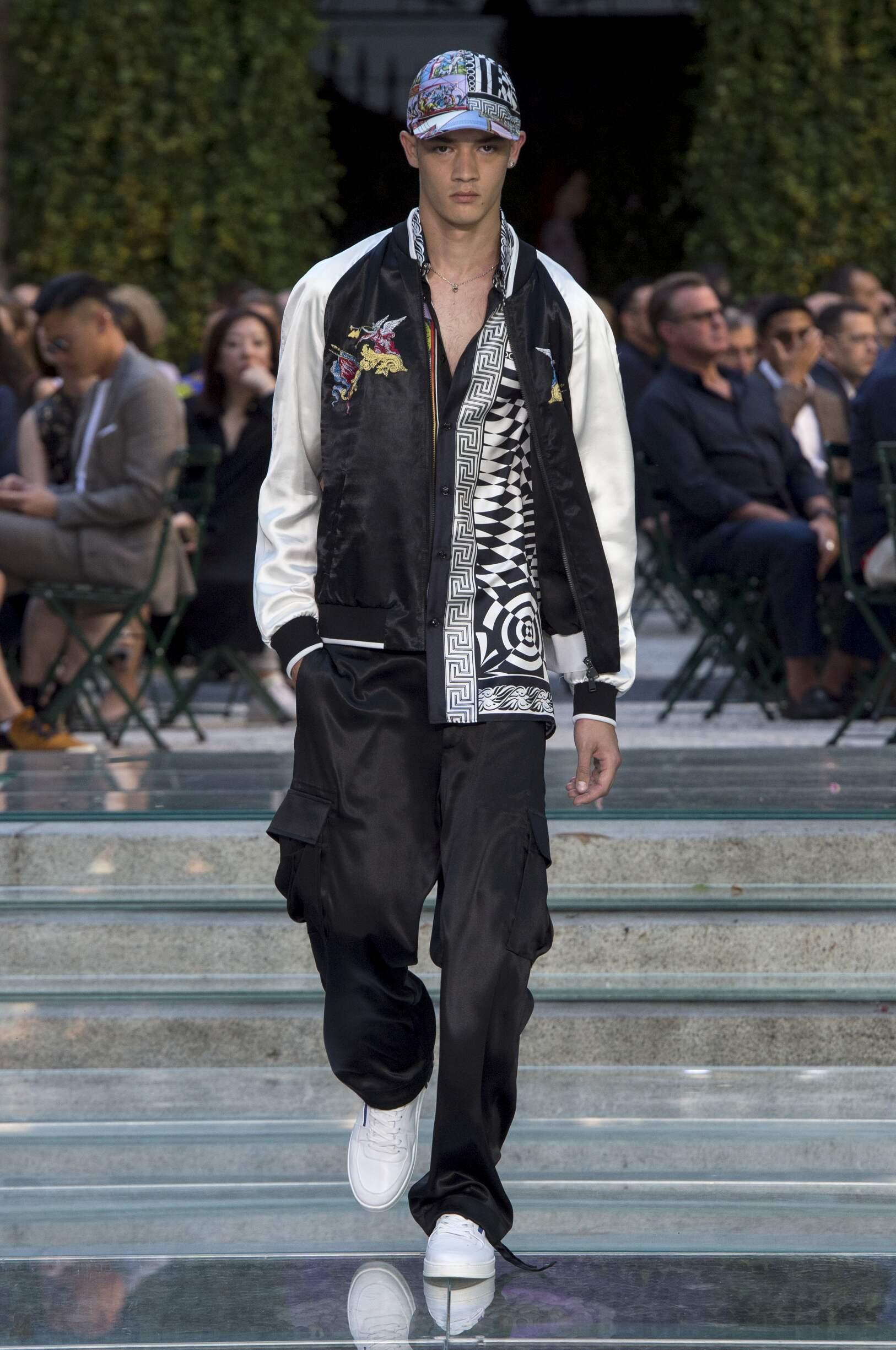 2018 Catwalk Versace