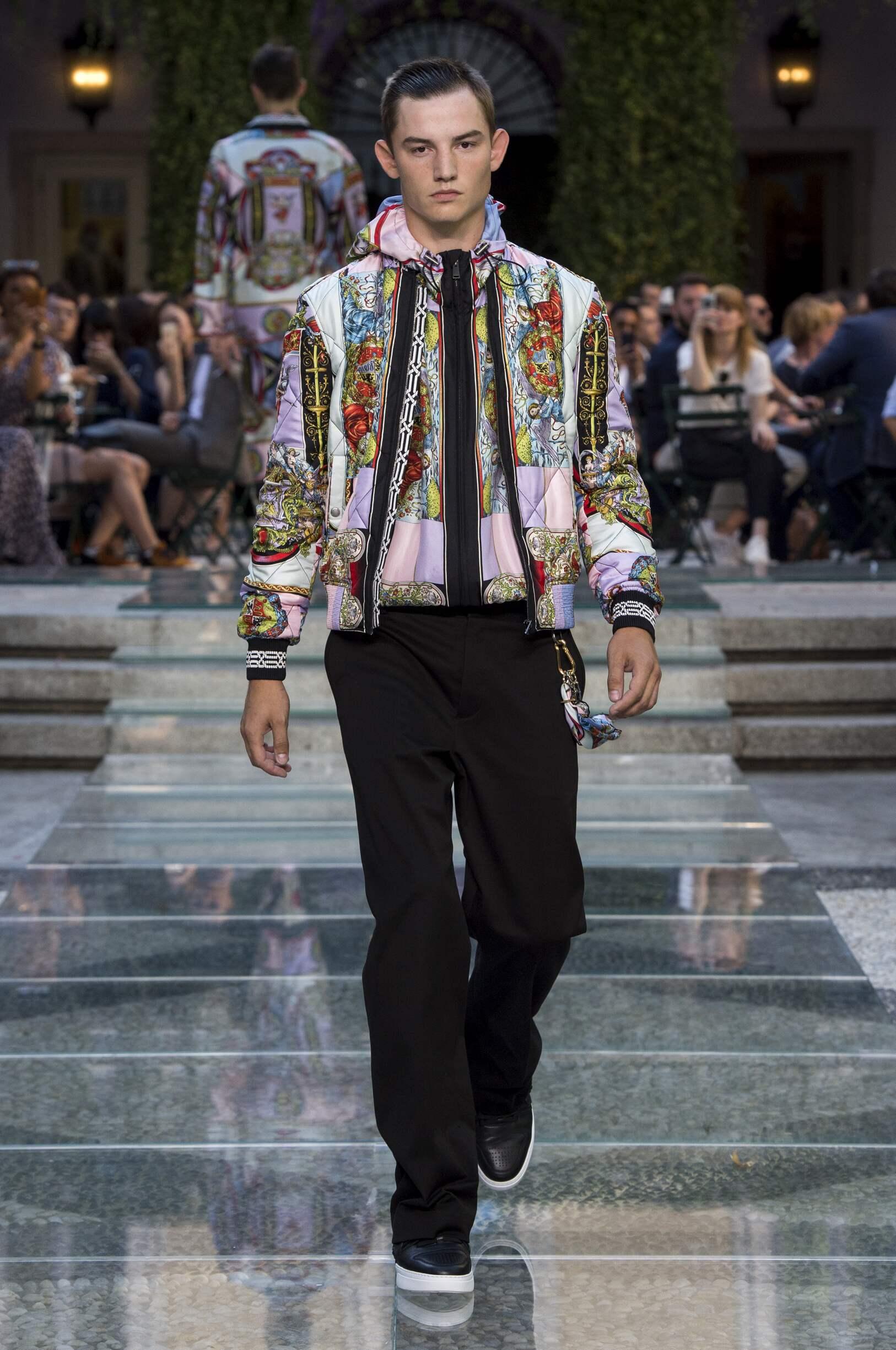 2018 Man Style Versace