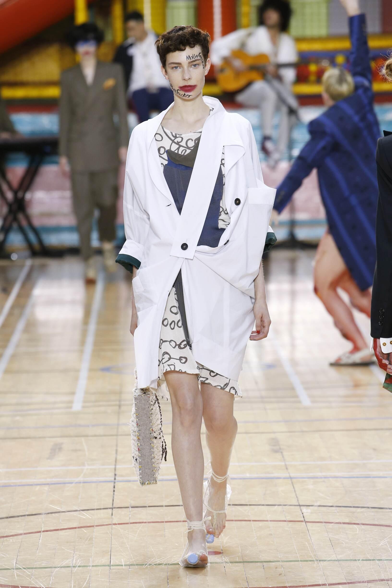 2018 Vivienne Westwood Spring Woman Catwalk