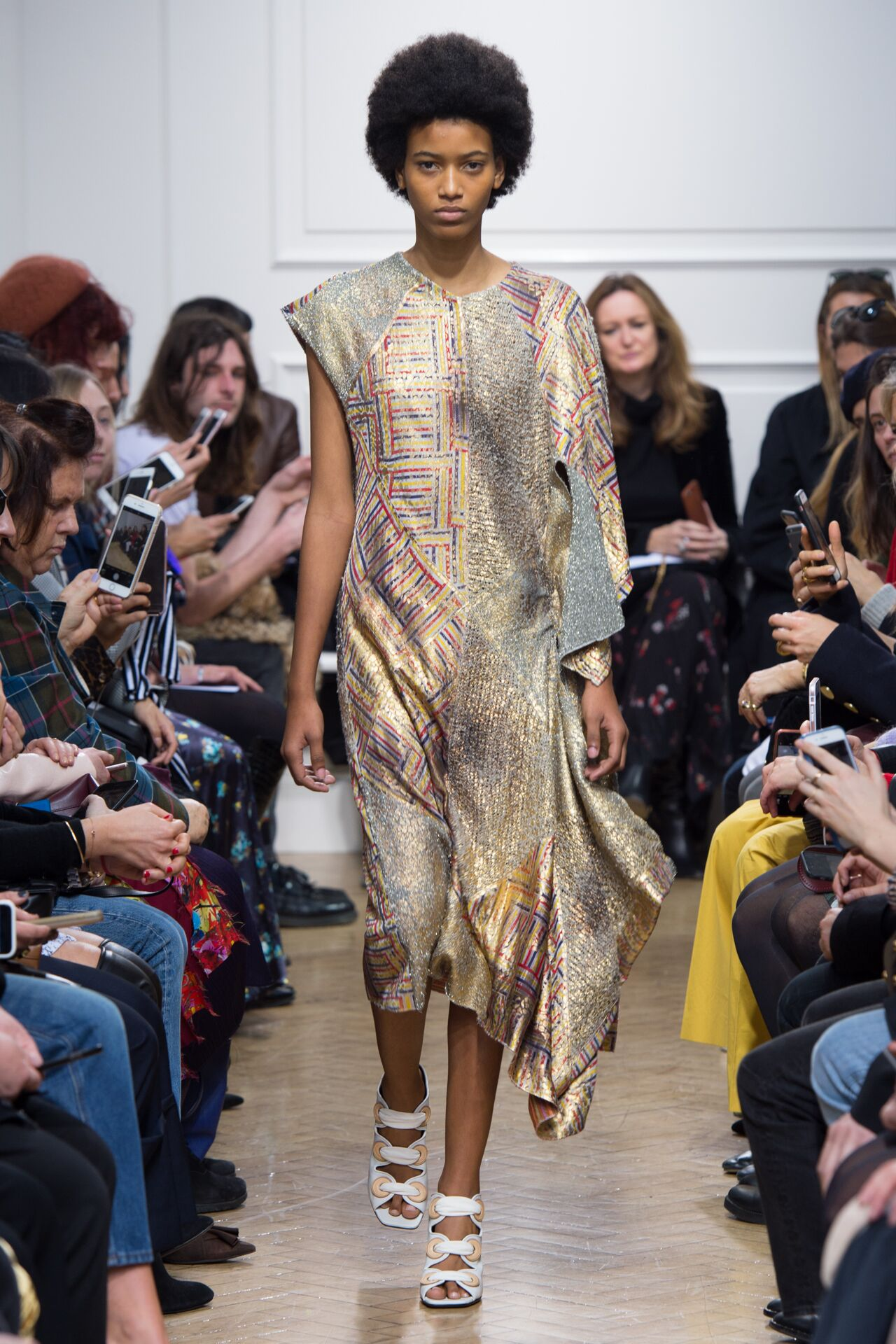 Fall 2017-18 Womenswear J.W. Anderson