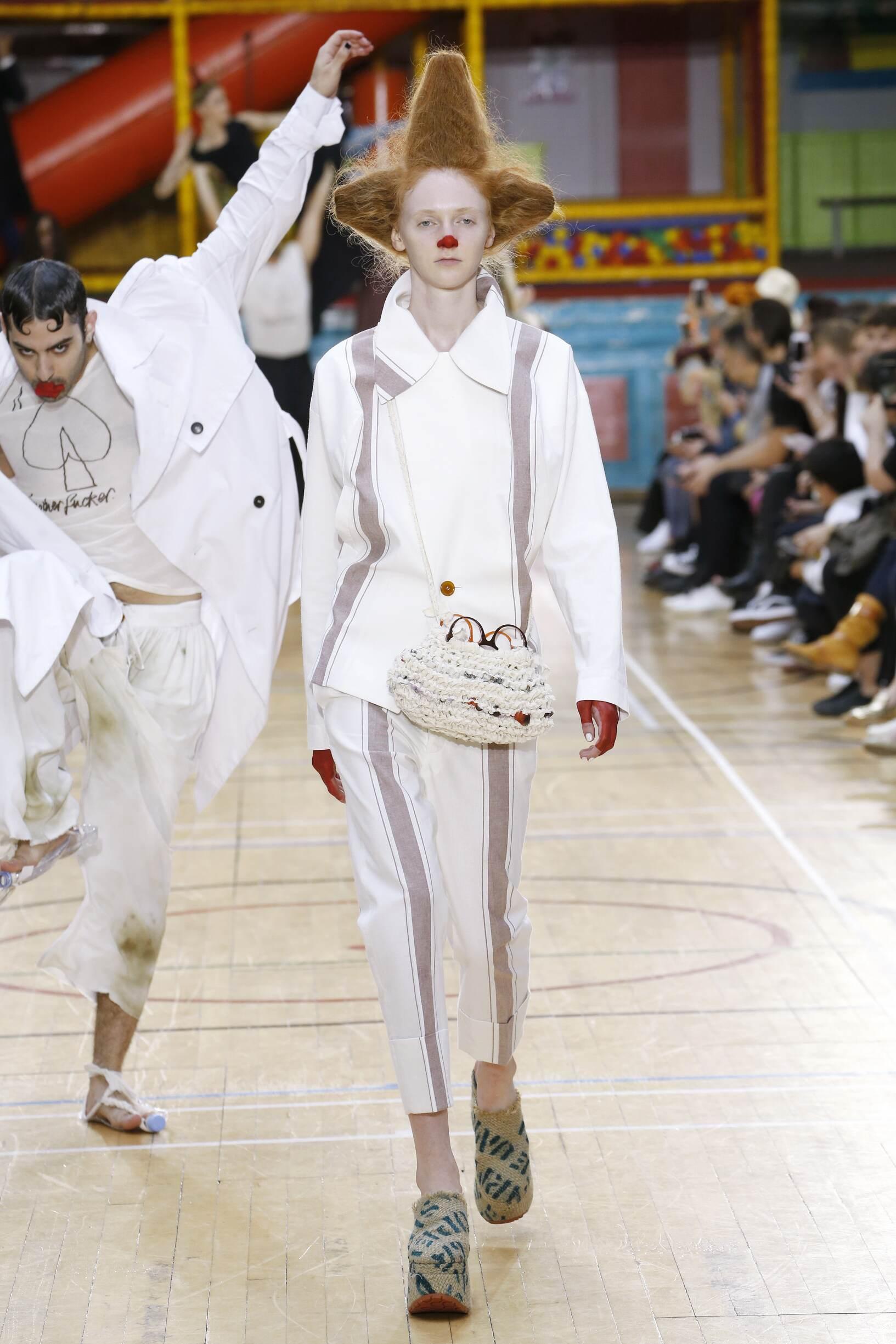 Fashion 2018 Runway Vivienne Westwood SS