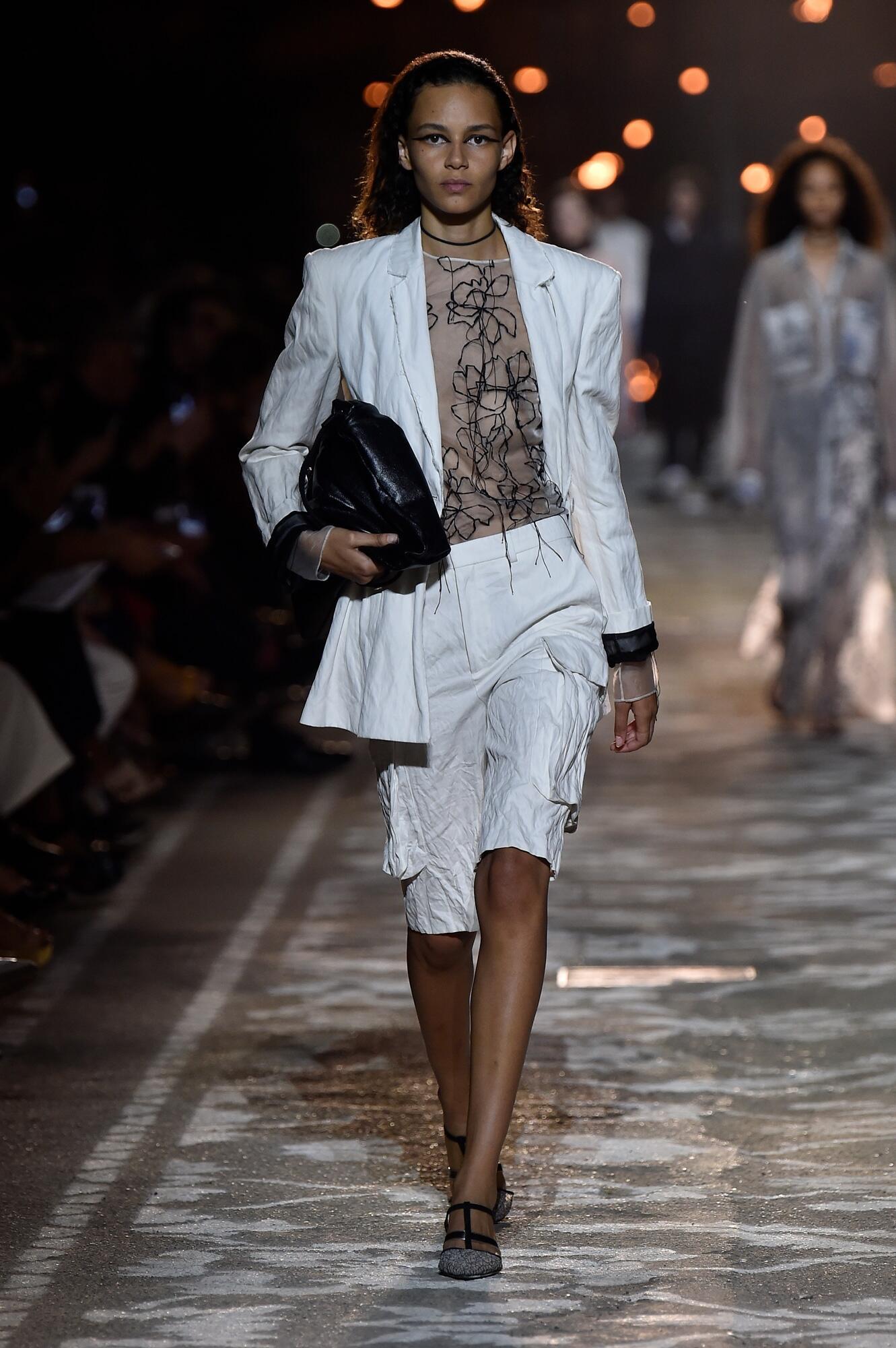 Fashion Woman Model Hugo Catwalk 2018