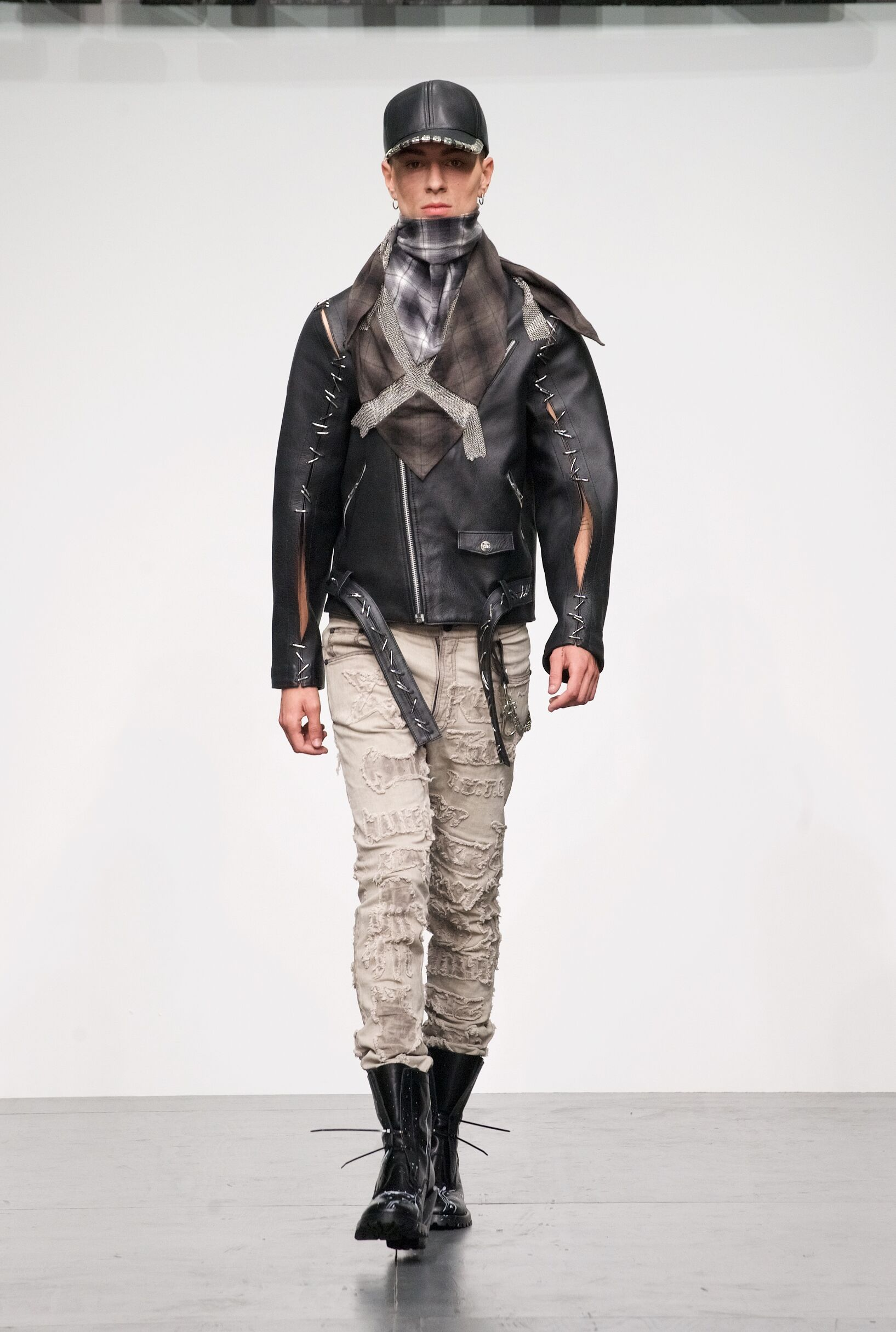 KTZ Man Fashion Style