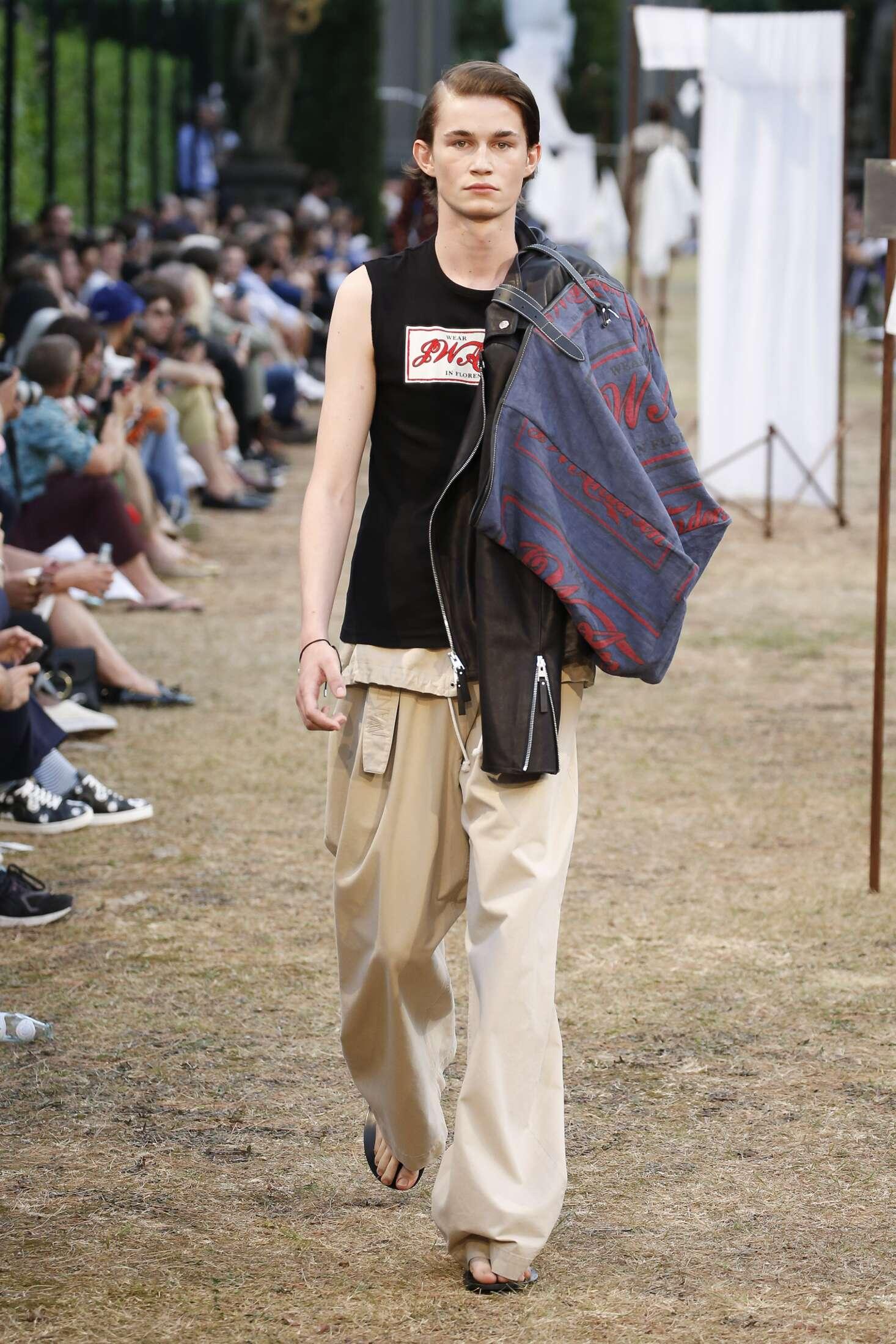 Man SS 2018 Fashion Show J.W. Anderson