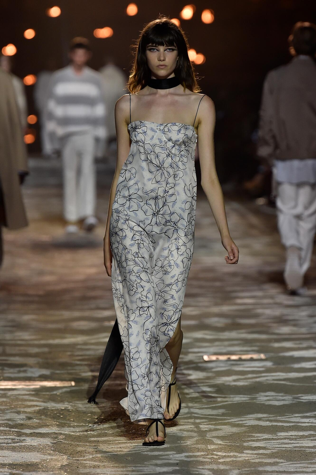 Runway Hugo Spring Summer 2018 Women's Collection Florence Pitti Immagine
