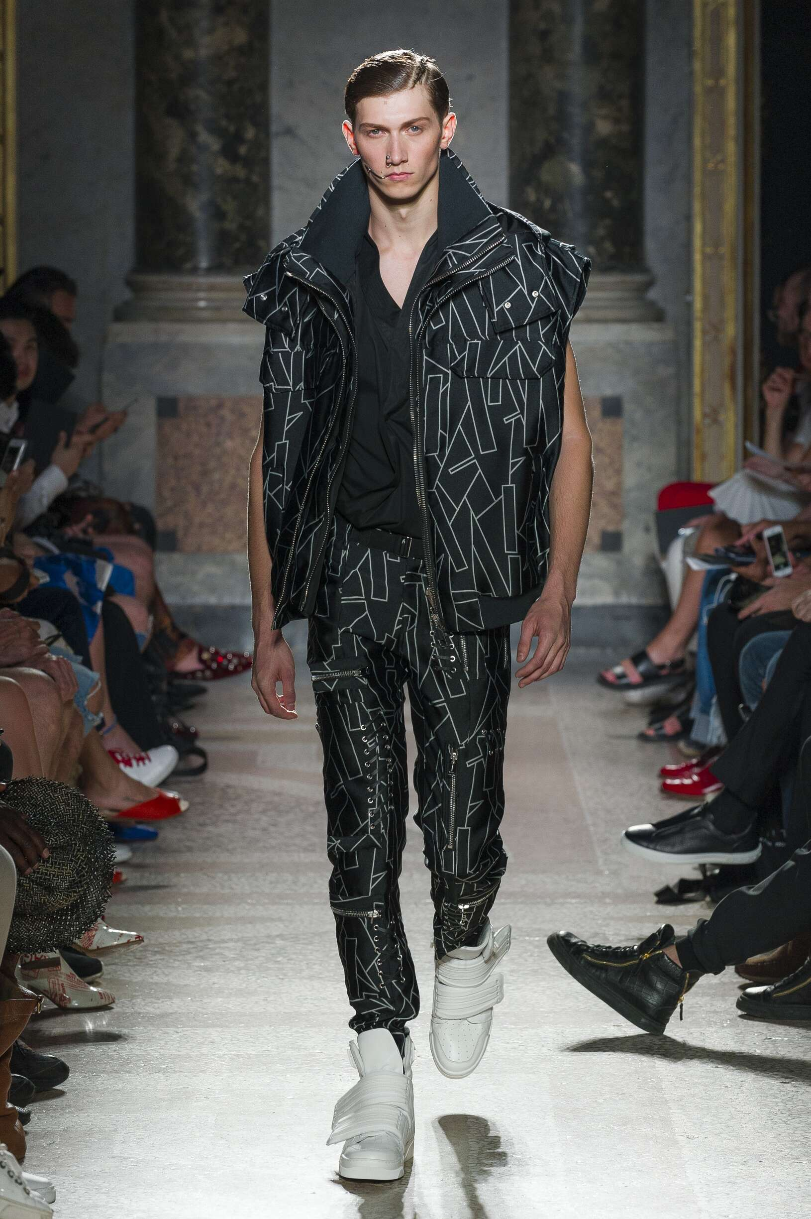 Runway Les Hommes Spring Summer 2018 Men's Collection Milan Fashion Week