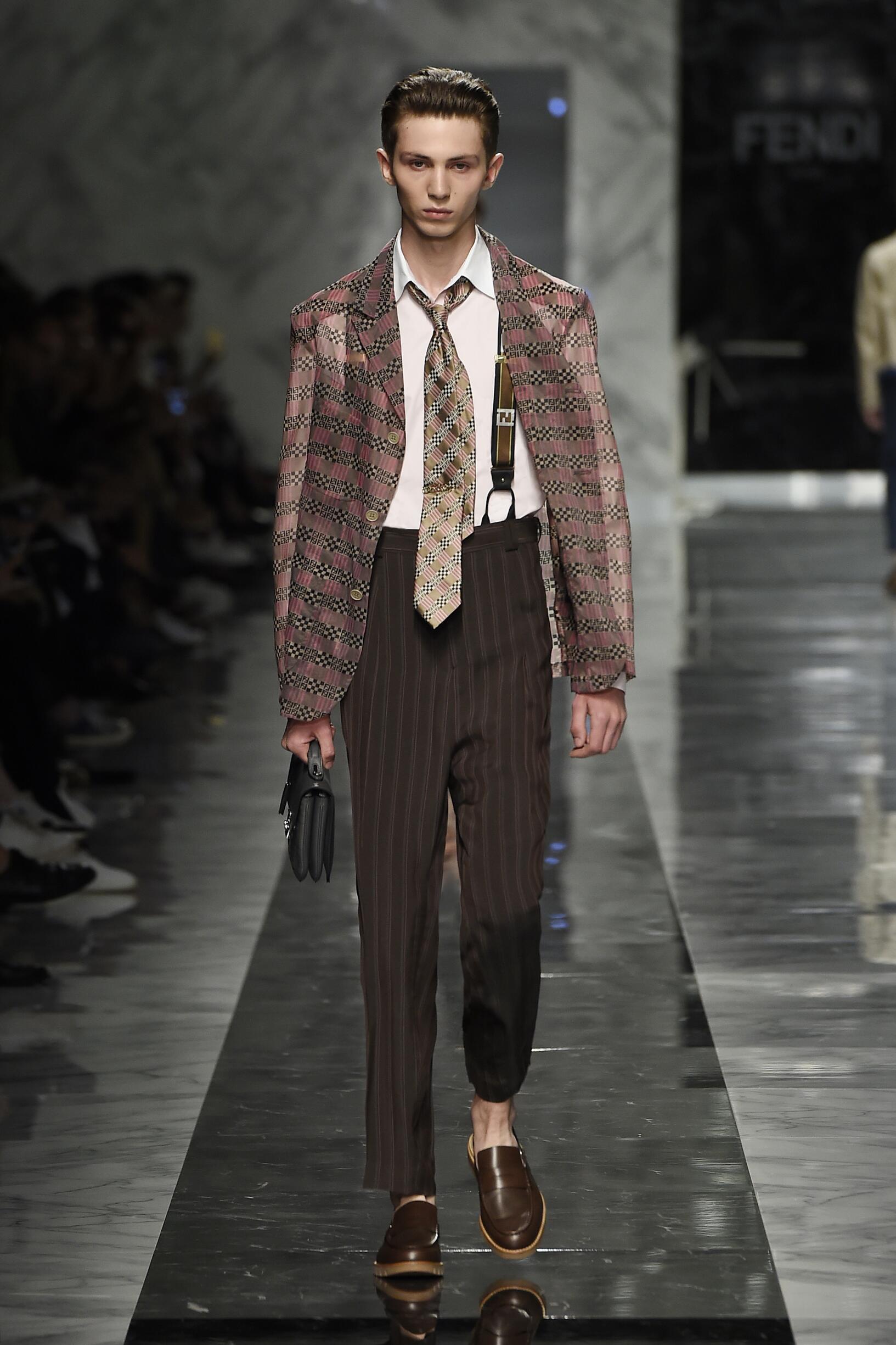 Spring 2018 Fashion Trends Fendi