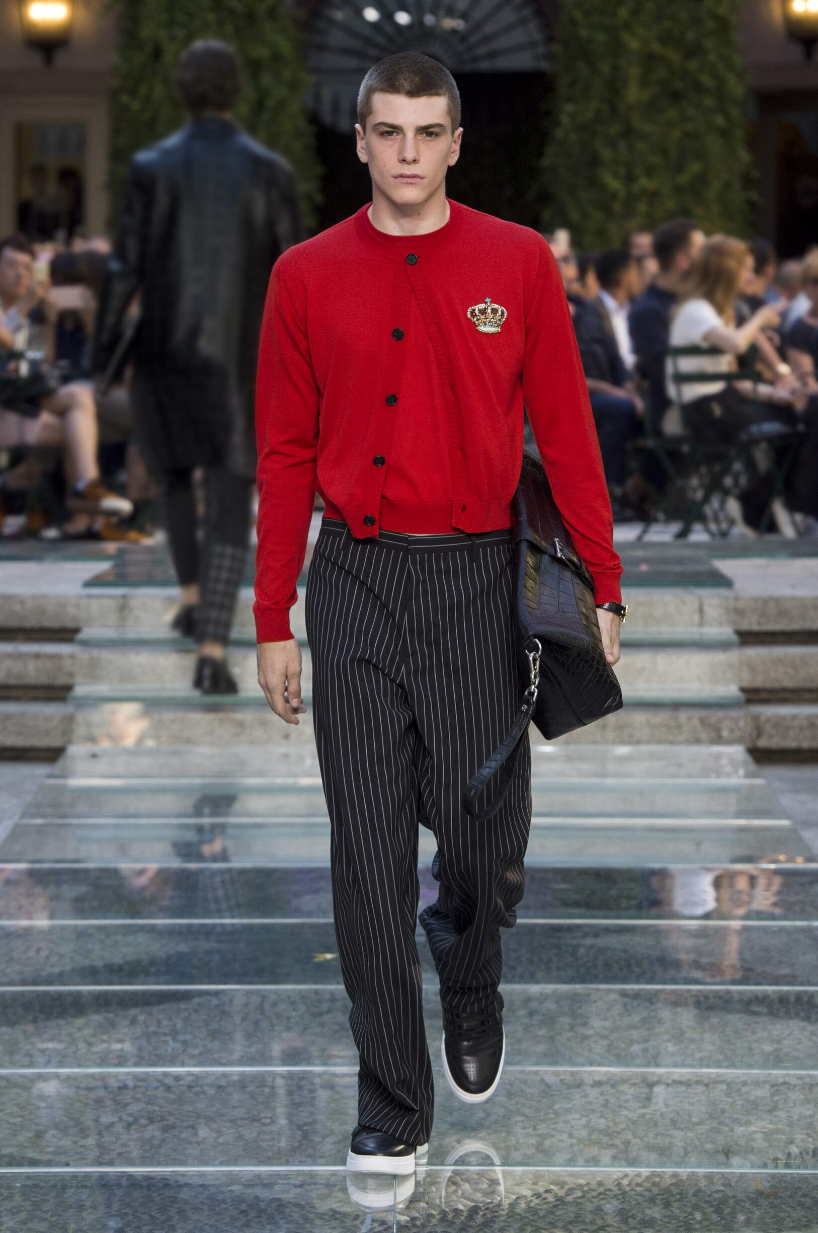 Spring 2018 Menswear Versace