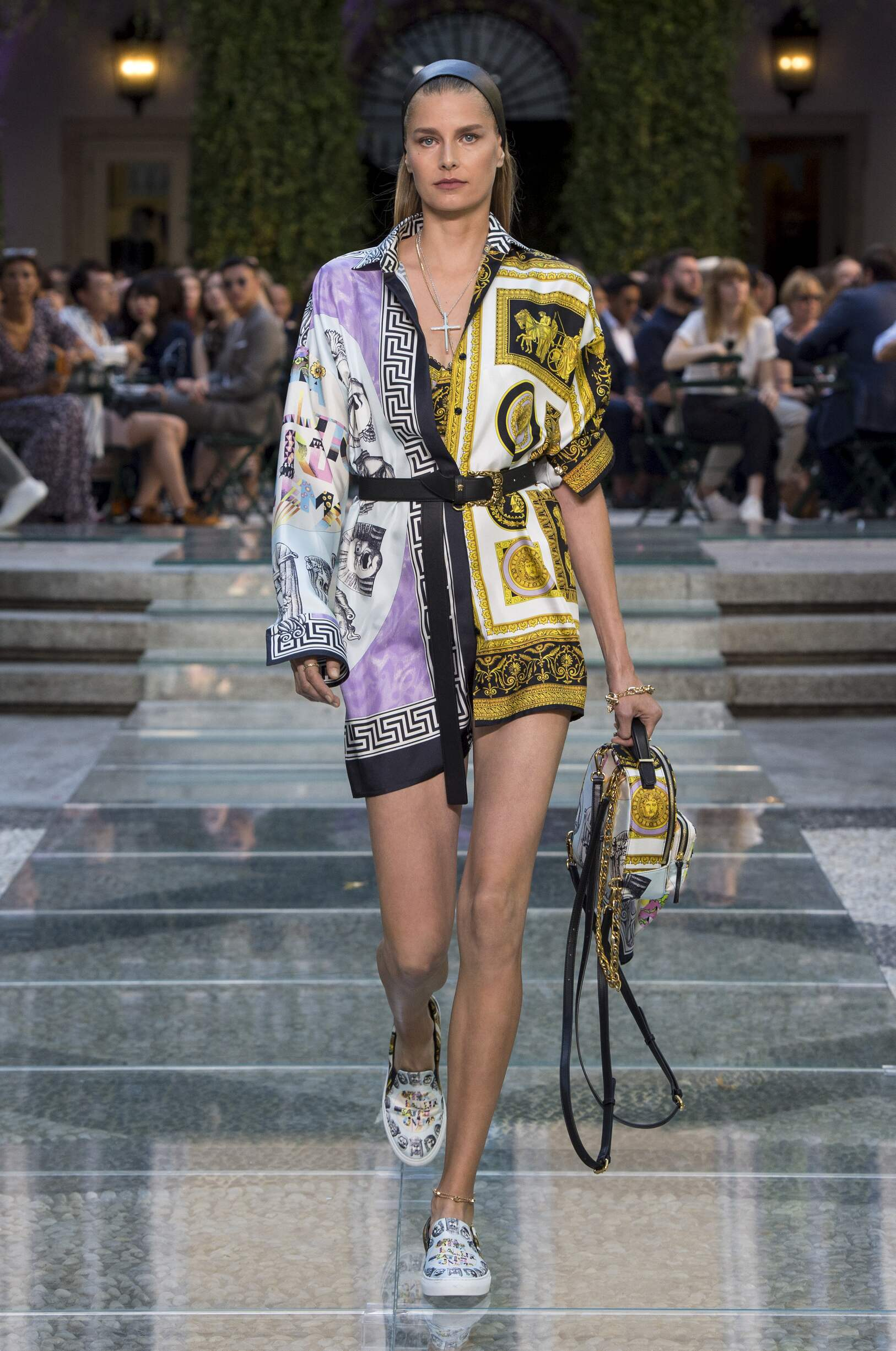 Spring Fashion Woman Trends 2018 Versace