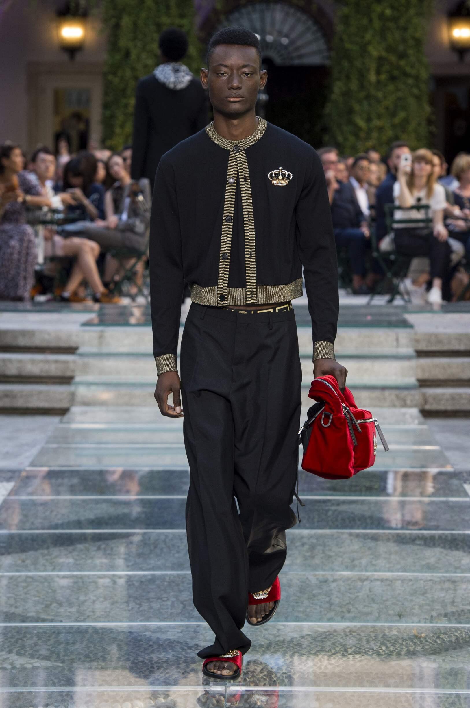 Versace 2018 Milan Trends