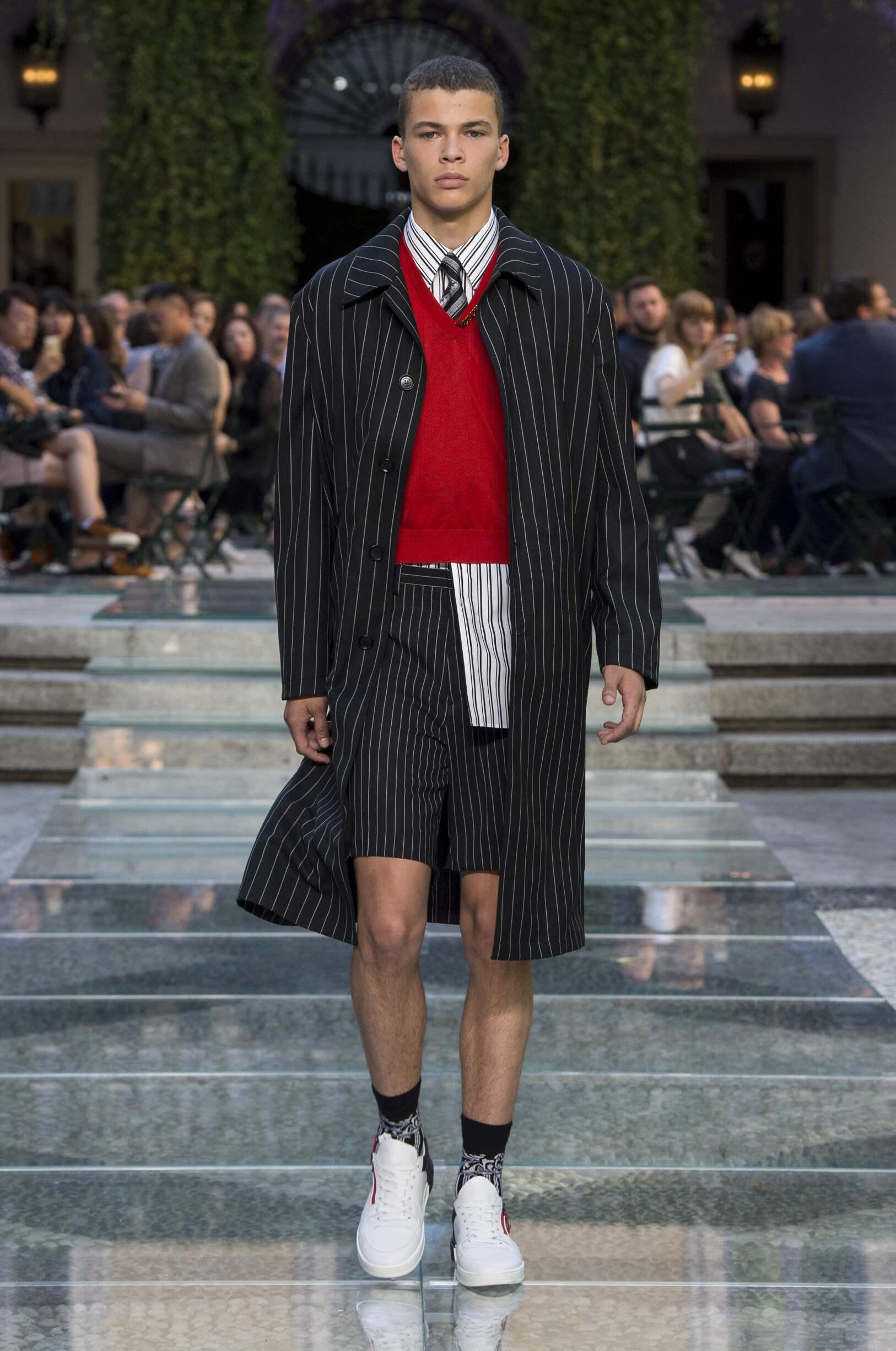 Versace Fashion Show SS 2018